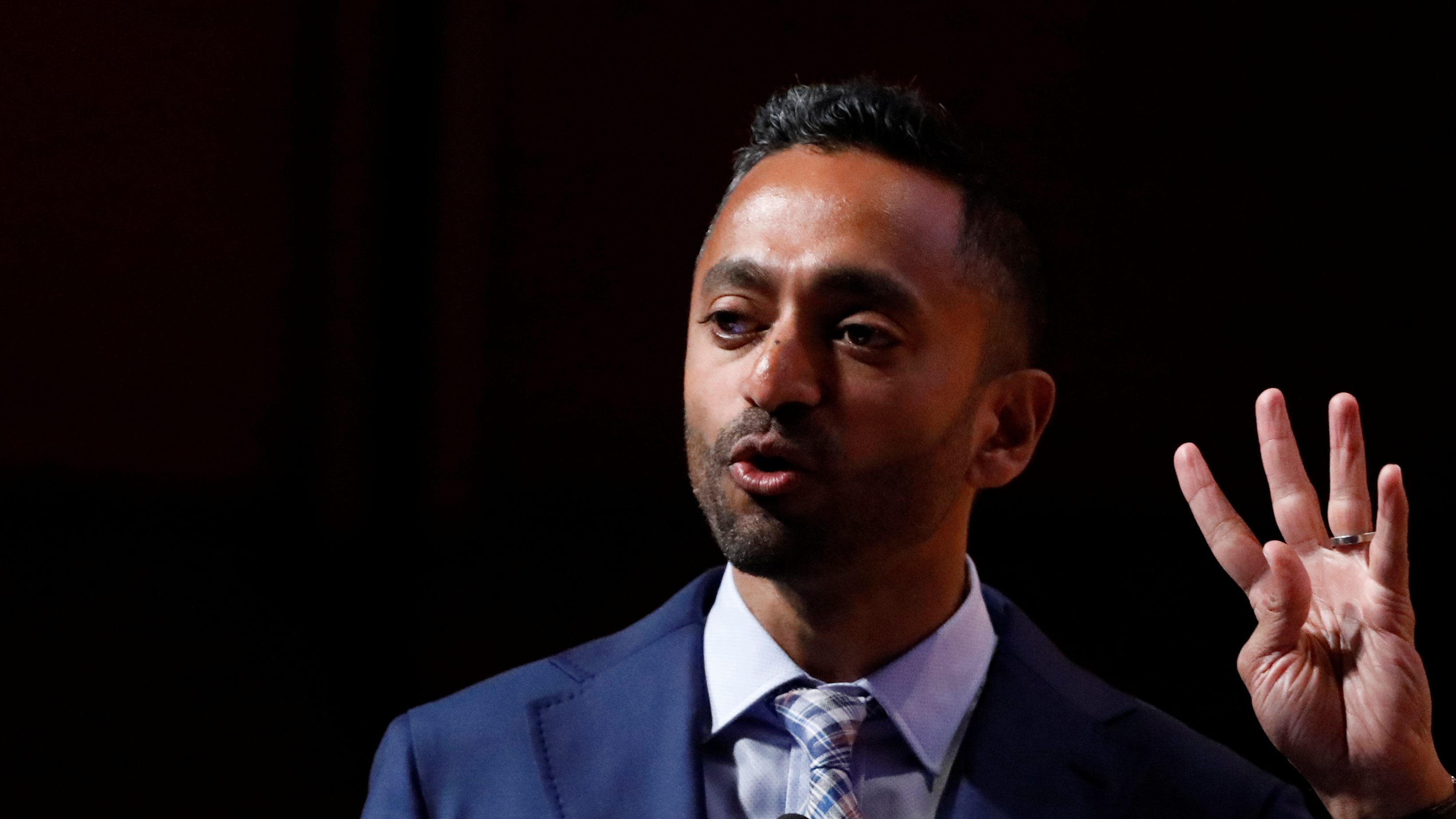 Chamath Palihapitiya, Founder and CEO of Social Capital, speaks during the Sohn Investment Conference in New York City, U.S., May 8, 2017. REUTERS/Brendan McDermid - RC1A614F8BD0