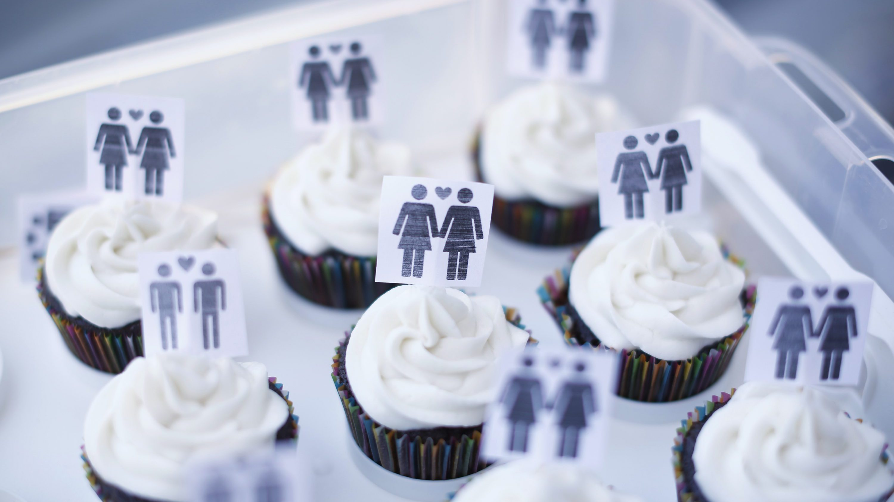 A box of cupcakes are seen topped with icons of same-sex couples at City Hall in San Francisco, June 29, 2013. Same-sex couples rushed to San Francisco's City Hall on Saturday to be legally married after the U.S. Ninth Circuit Court of Appeals officially ended California's ban on gay marriage following a landmark ruling at the Supreme Court this week.