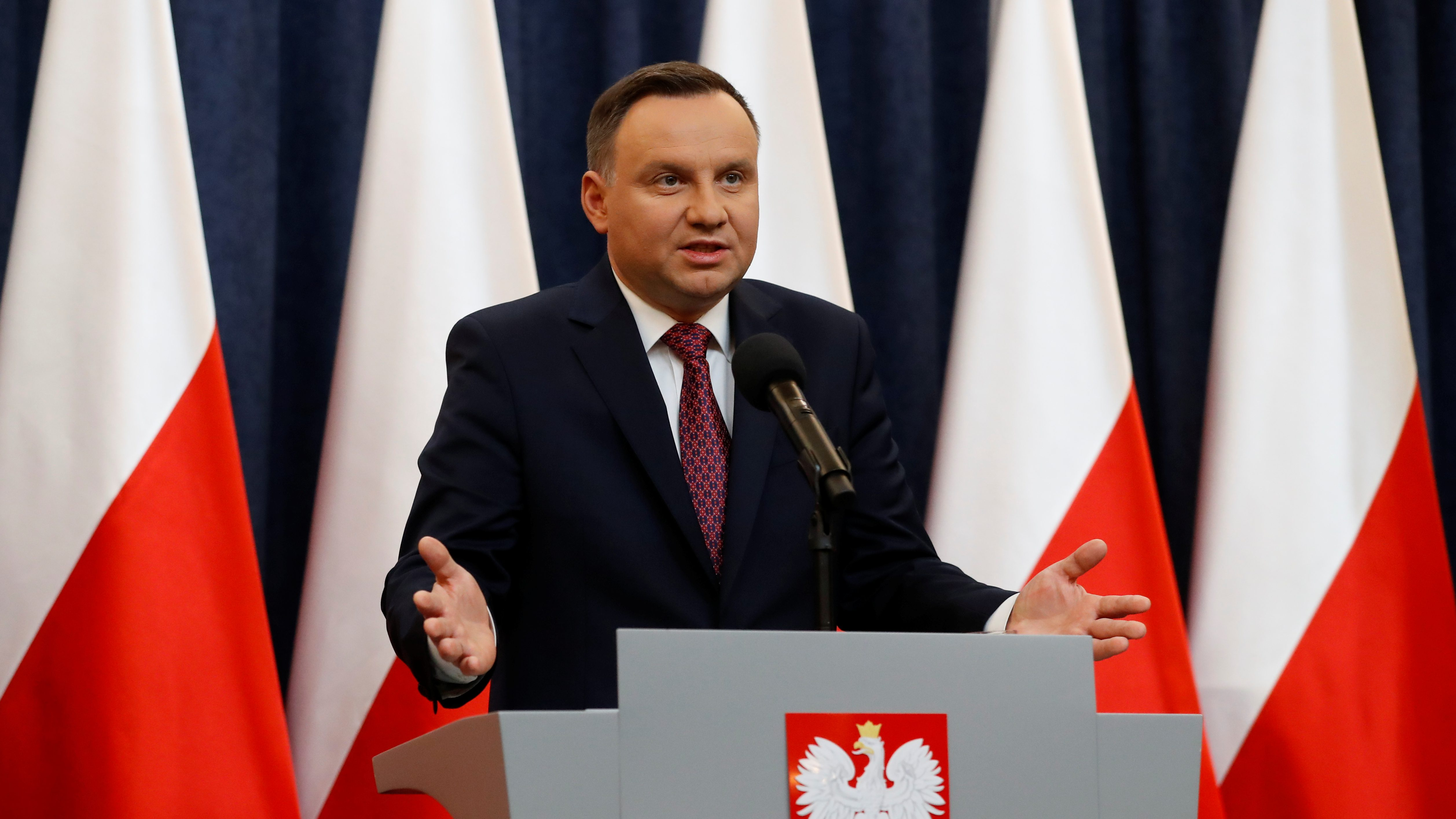 Poland's President Andrzej Duda speaks during a news conference, after the European Commission announced its decision to launch Article 7 procedure, at the Presidential Palace in Warsaw, Poland December 20, 2017. REUTERS/Kacper Pempel - RC1618514560