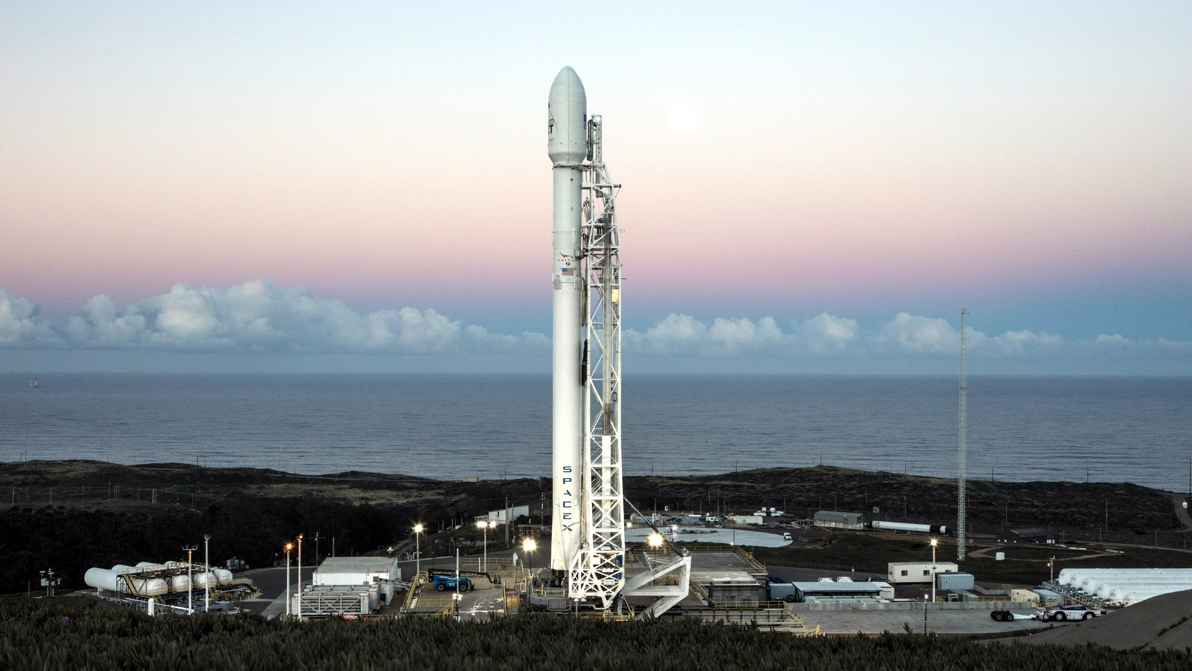 Falcon 9 with 10 Iridium NEXT communications satellites at Space Launch Complex 4E at Vandenberg Air Force Base, California.