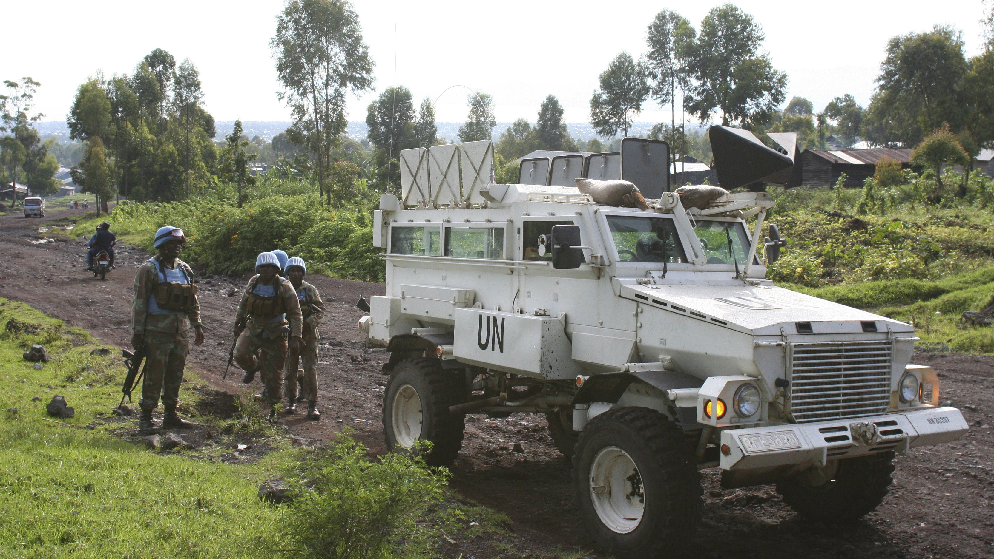 South African peacekeepers patrol the streets of Goma in eastern Democratic Republic of Congo, December 2, 2015. Christmas came early on Wednesday with hampers, gifts and praise from their political masters for hundreds of South African peacekeepers in Democratic Republic of Congo struggling to make an impact in the face of its chaotic and confusing politics.