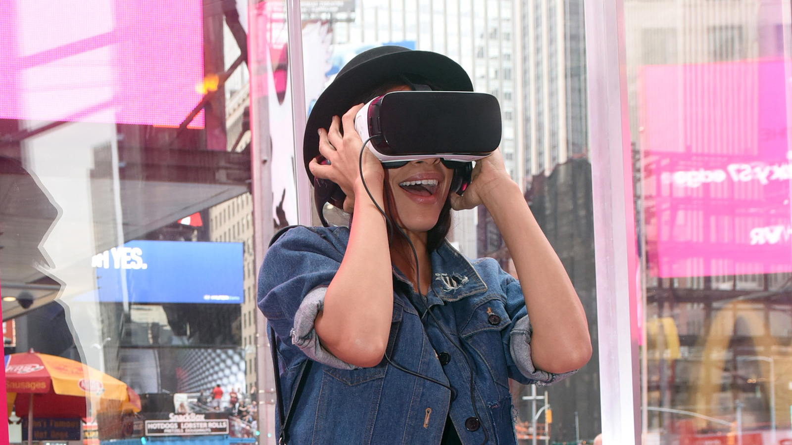IMAGE DISTRIBUTED FOR T-MOBILE - Rosario Dawson stops by the T-Mobile Times Square Signature Store virtual reality experience featuring Samsung Gear VR and Samsung Galaxy S7, Thursday, March 10, 2016, in New York. (Diane Bondareff/Invision for T-Mobile/AP Images)
