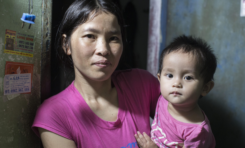 baby daughter, Ha*, 15 months [real name Nhi]mother - Huệ, 66 Son - Sang*, 13 years old [real name Hung]Dad - Duong Van Than, 72