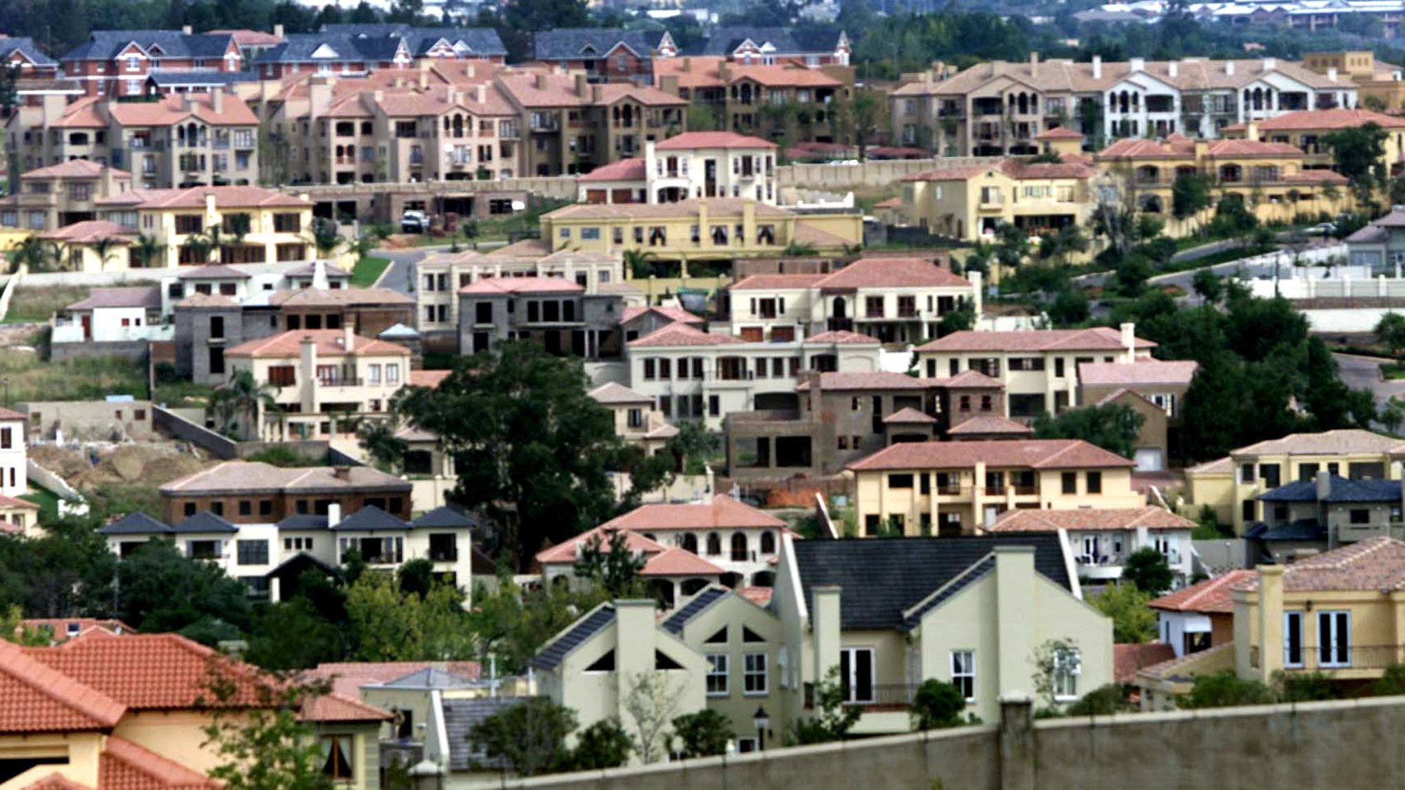 Johannesburg's gated communities echo apartheid-era