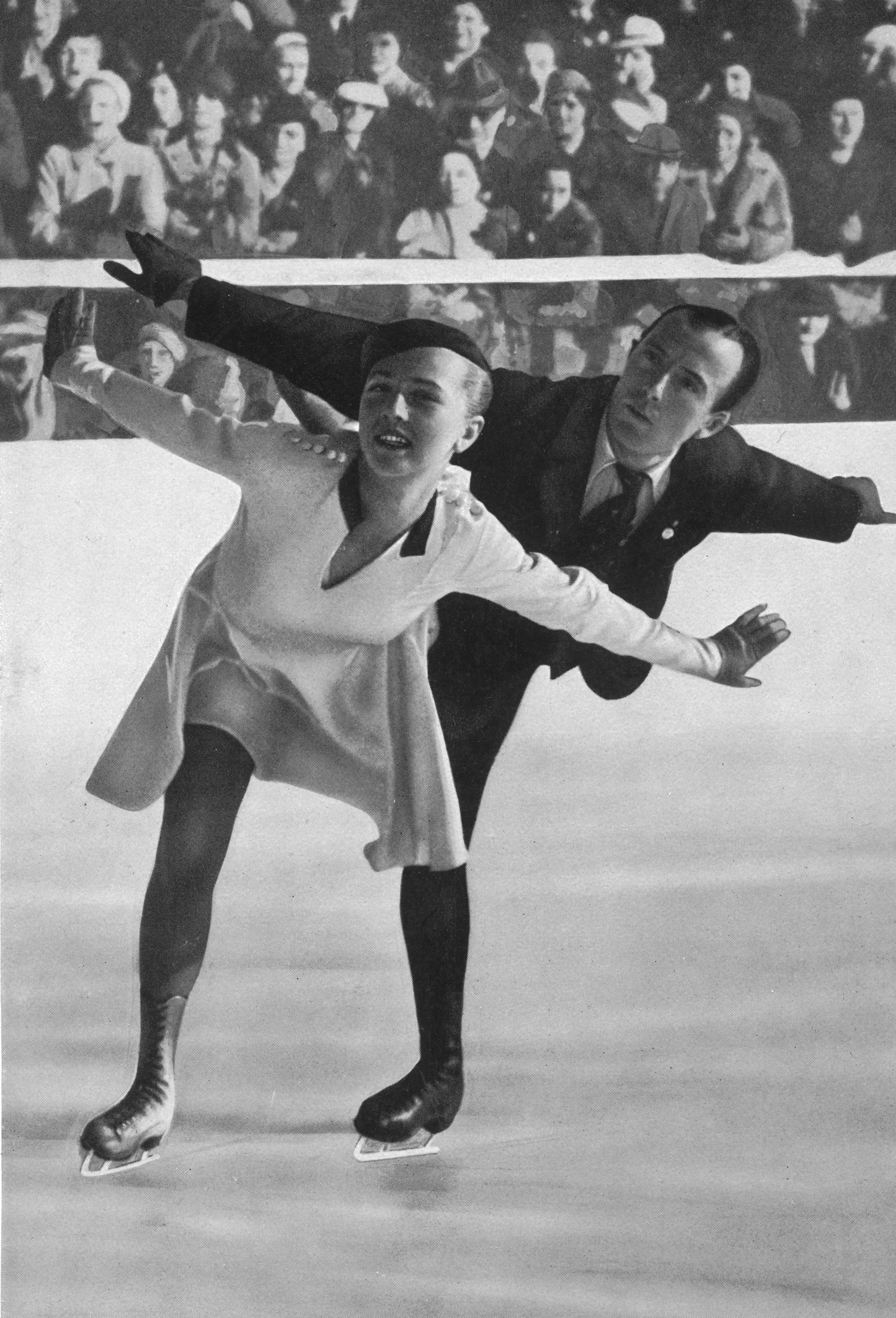 February 1936: Maxie Herber and Ernst Baier winning the 1936 Olympic Pairs figure skating gold medal at Garmisch-Partenkirchen. (Photo by Hulton Archive/Getty Images)
