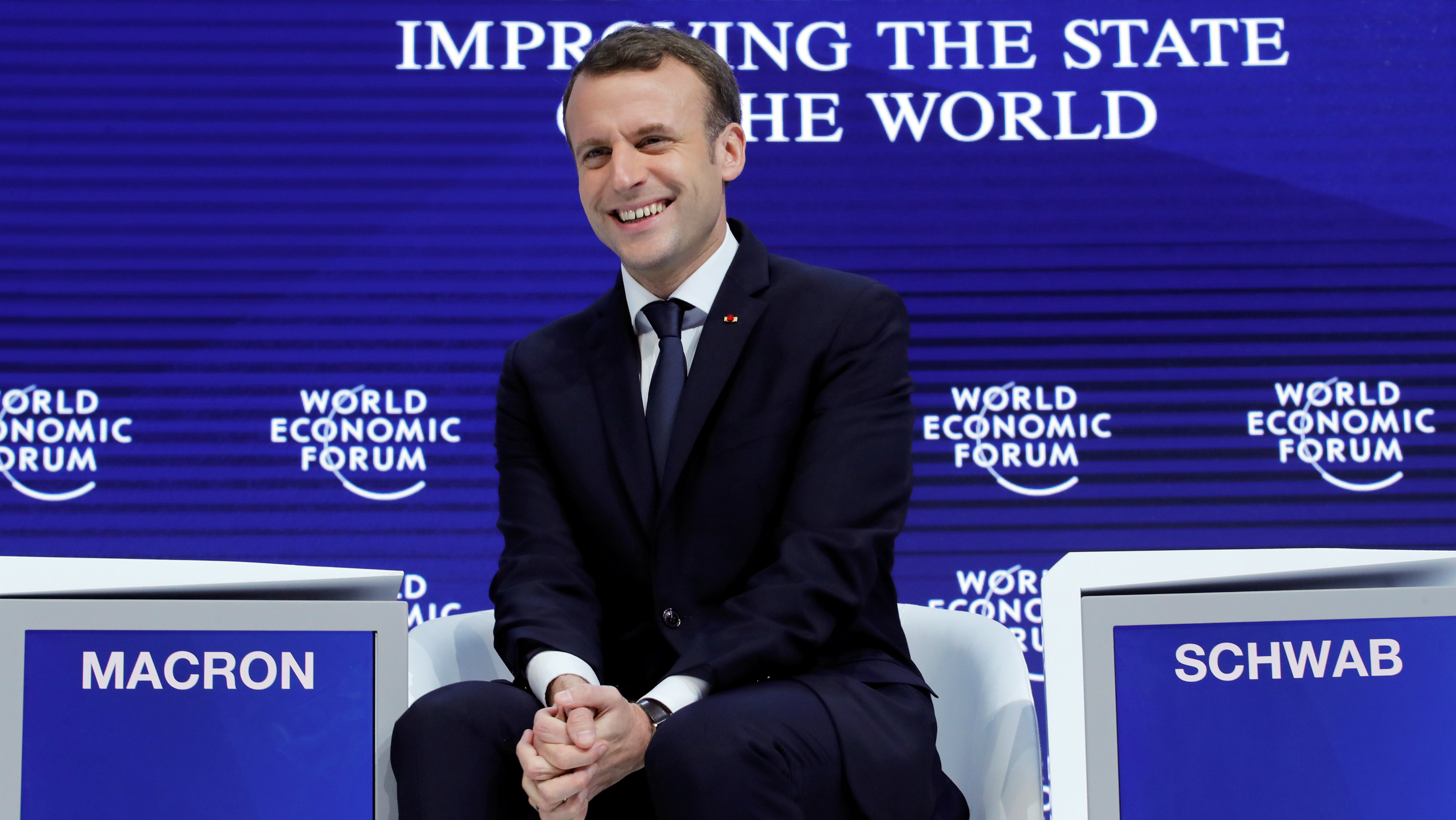 Davos 2018 Emmanuel Macron Is A Different President When He Speaks English Quartz