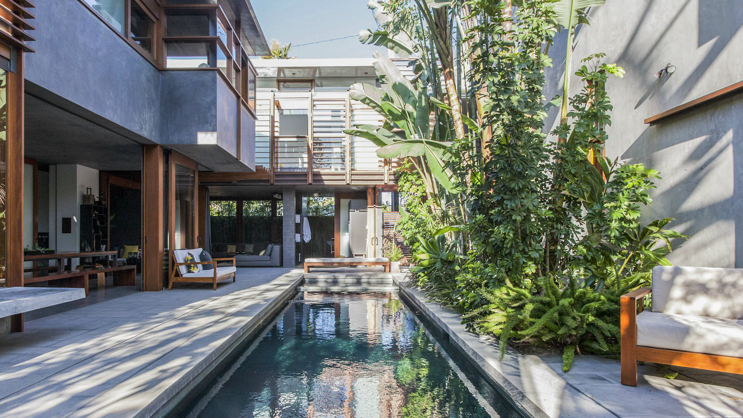The Luxury Home Rental Race Is Heating Up