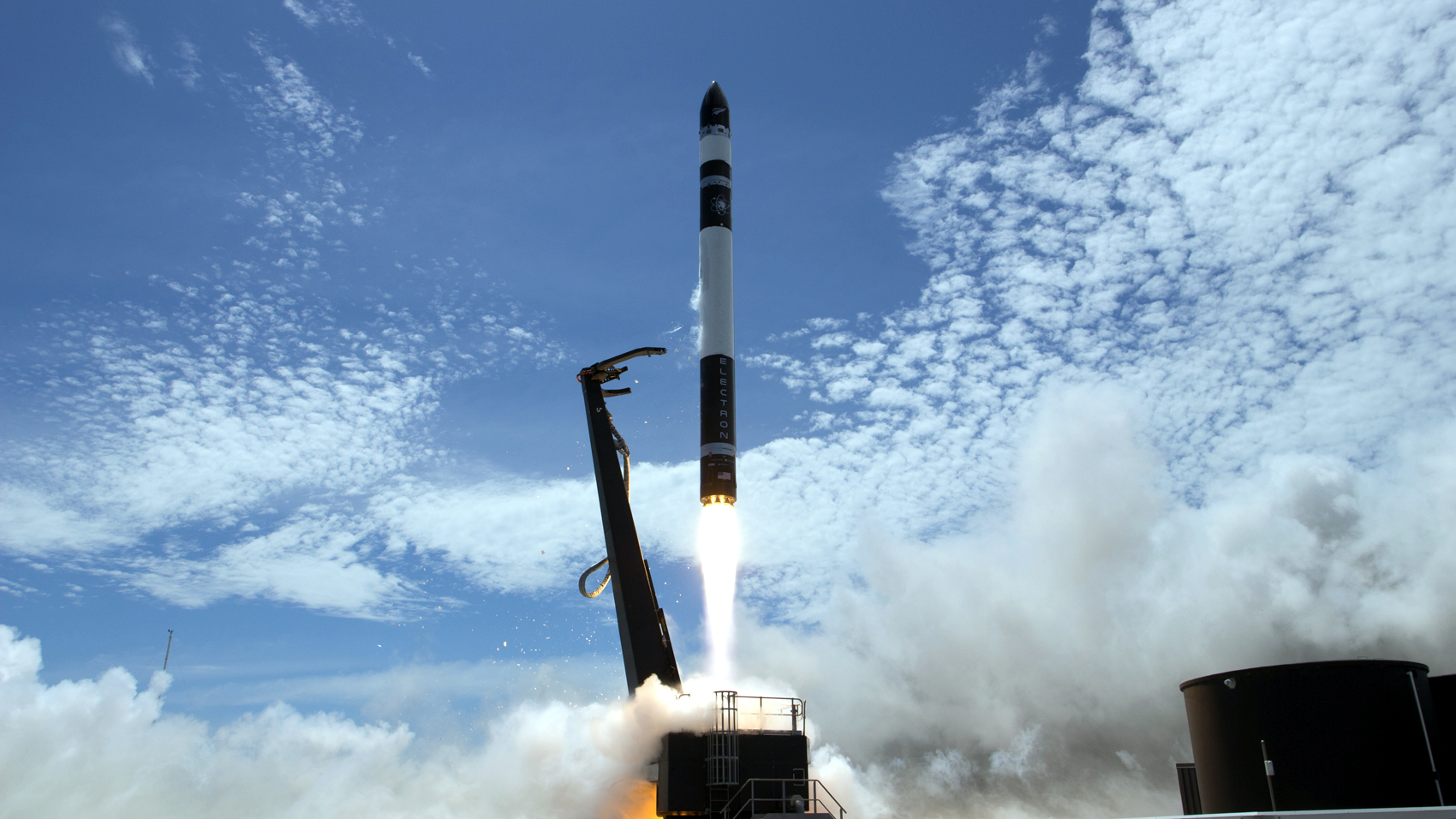 Rocket Lab's Electron rocket zooms into orbit in 2018.