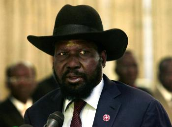 South Sudan President Salva Kiir speaks during a joint news conference with his Sudanese counterpart Omar al-Bashir (not pictured) after their meeting at Khartoum's airport November 4, 2014.