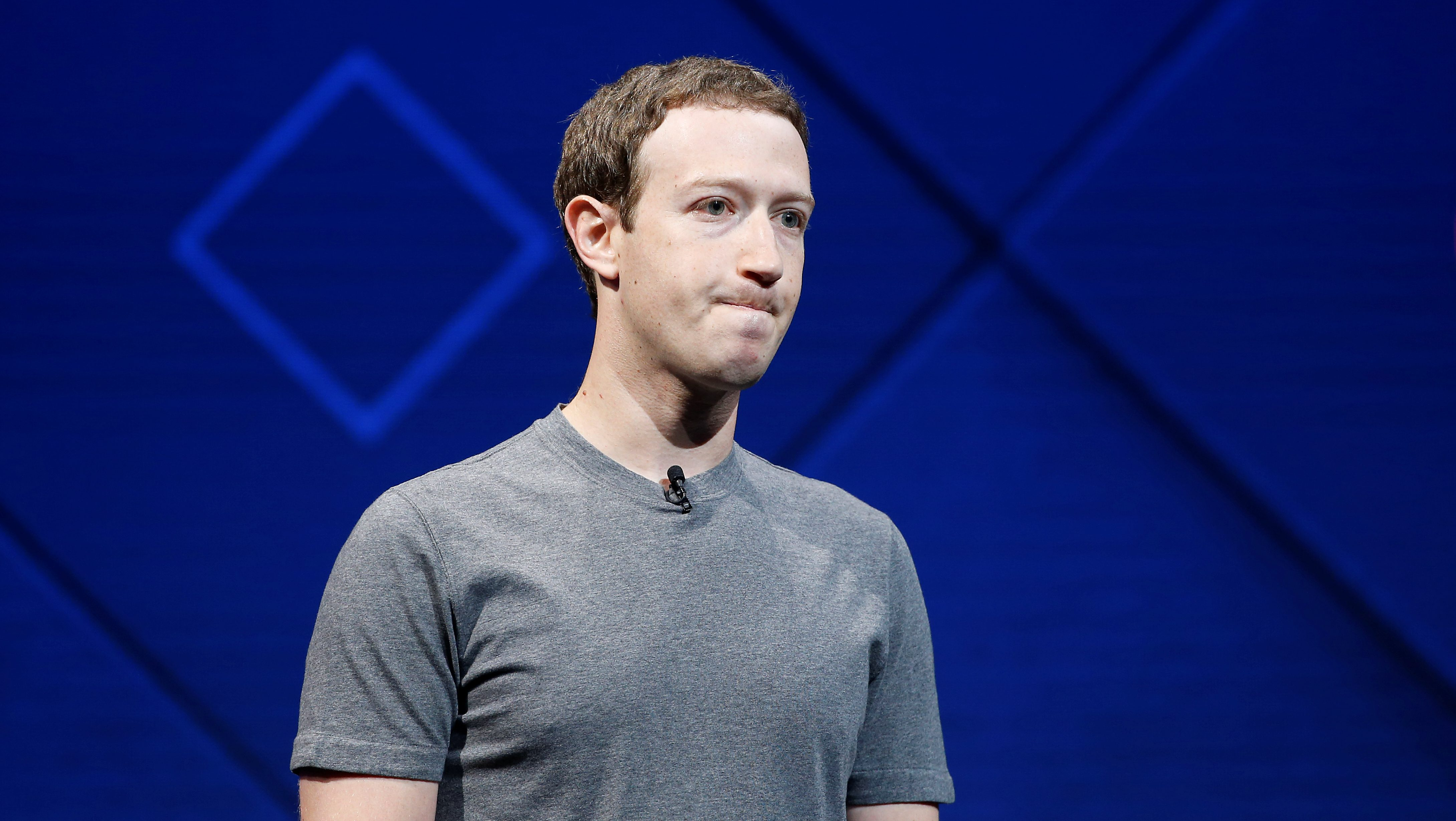 Facebook Founder and CEO Mark Zuckerberg speaks on stage during the annual Facebook F8 developers conference in San Jose, California, U.S., April 18, 2017. REUTERS/Stephen Lam - RC13DECFA440