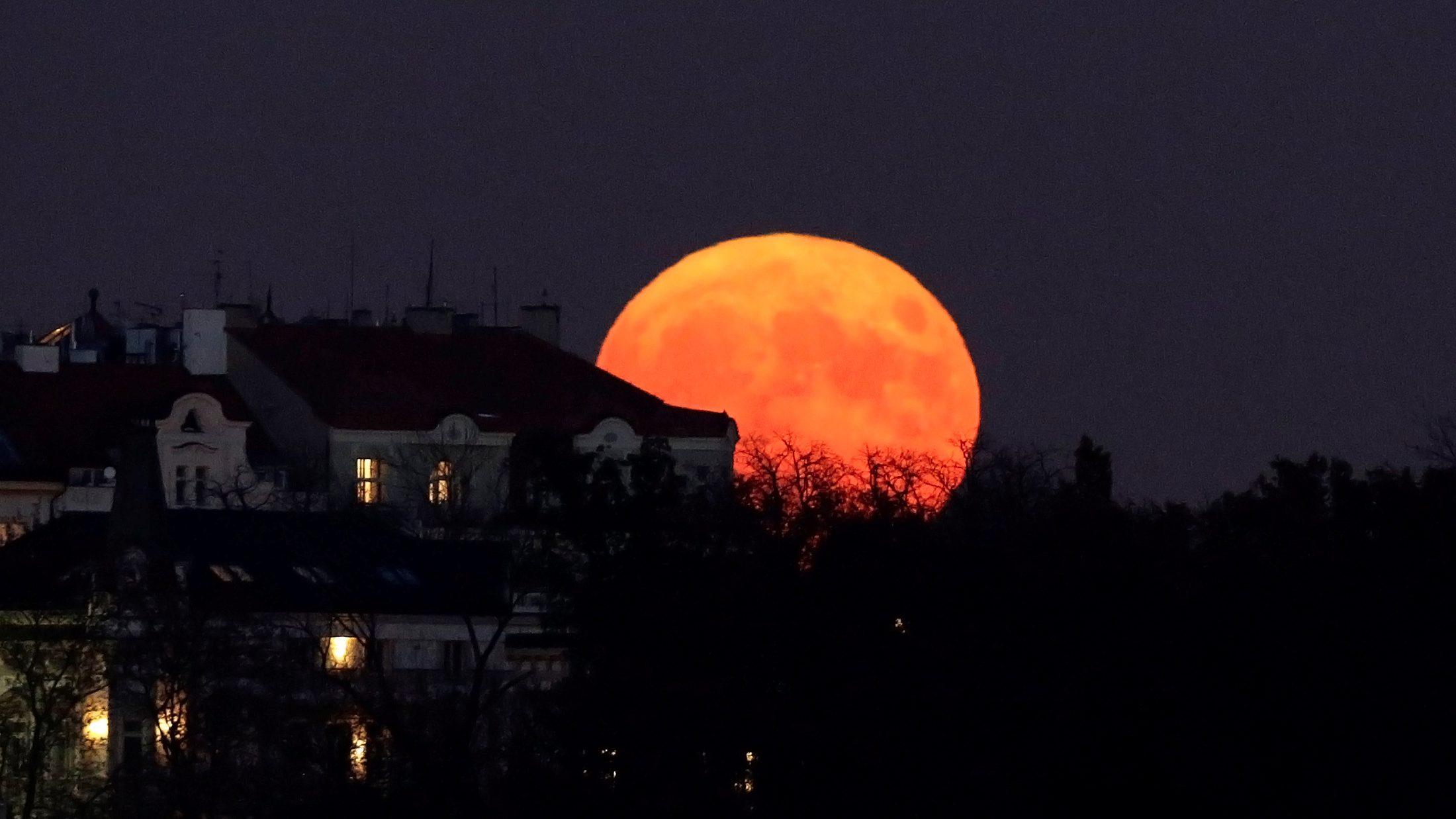 The supermoon rises in Prague