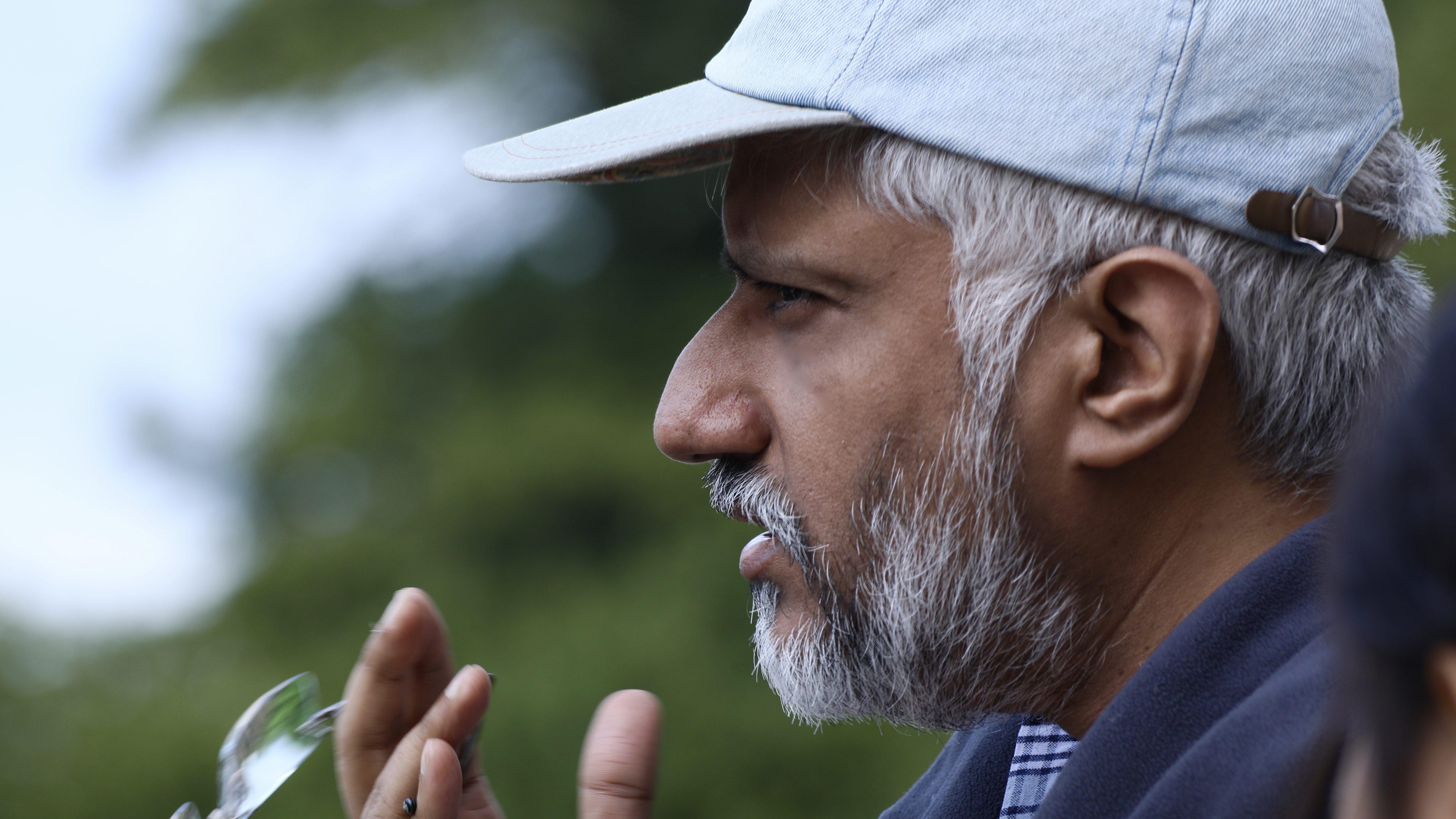 Bollywood veteran Vikram Bhatt is choosing smartphones over