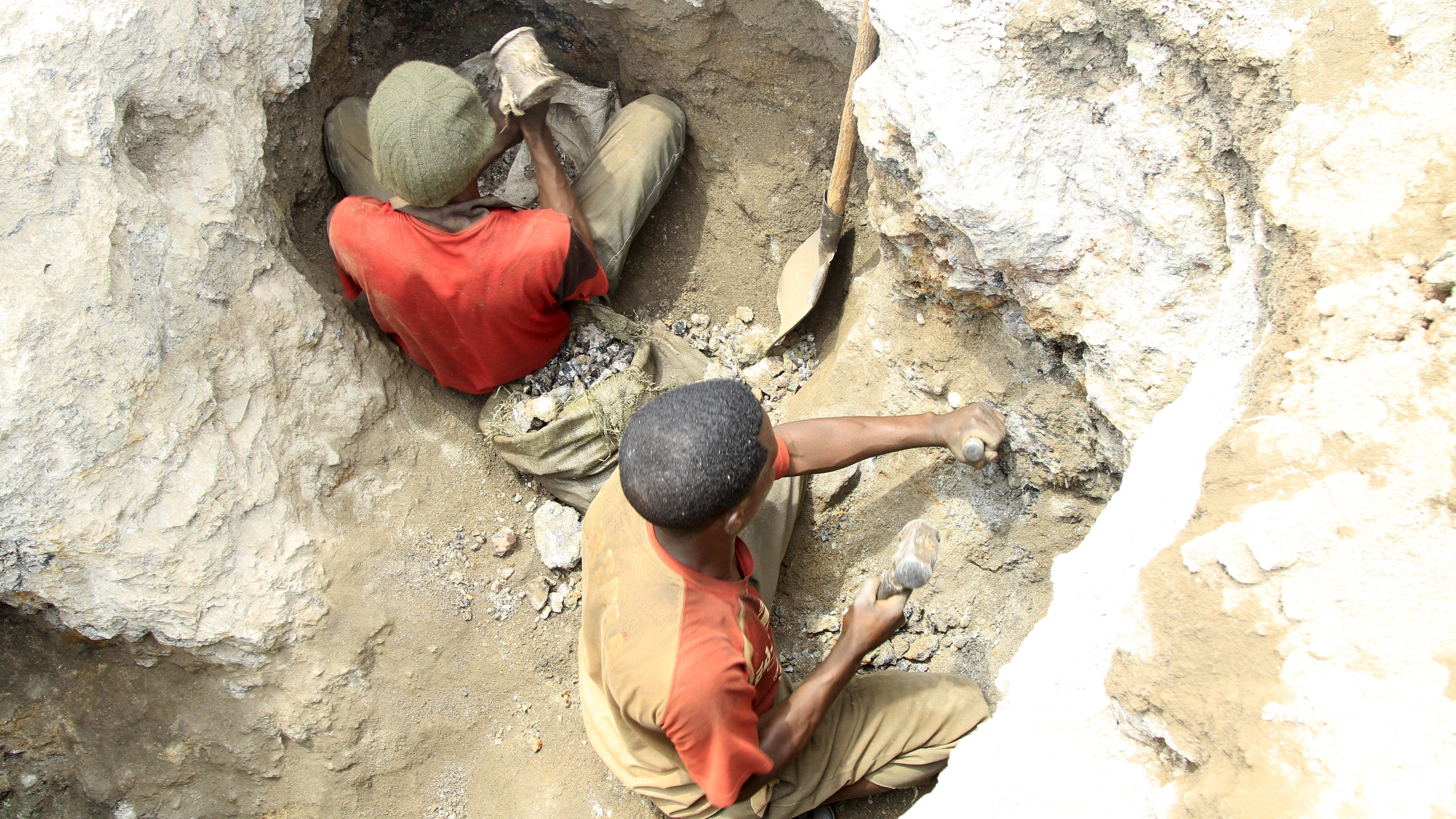 Apple to buy cobalt directly from cobalt miners: Who will benefit in the troubled DR Congo