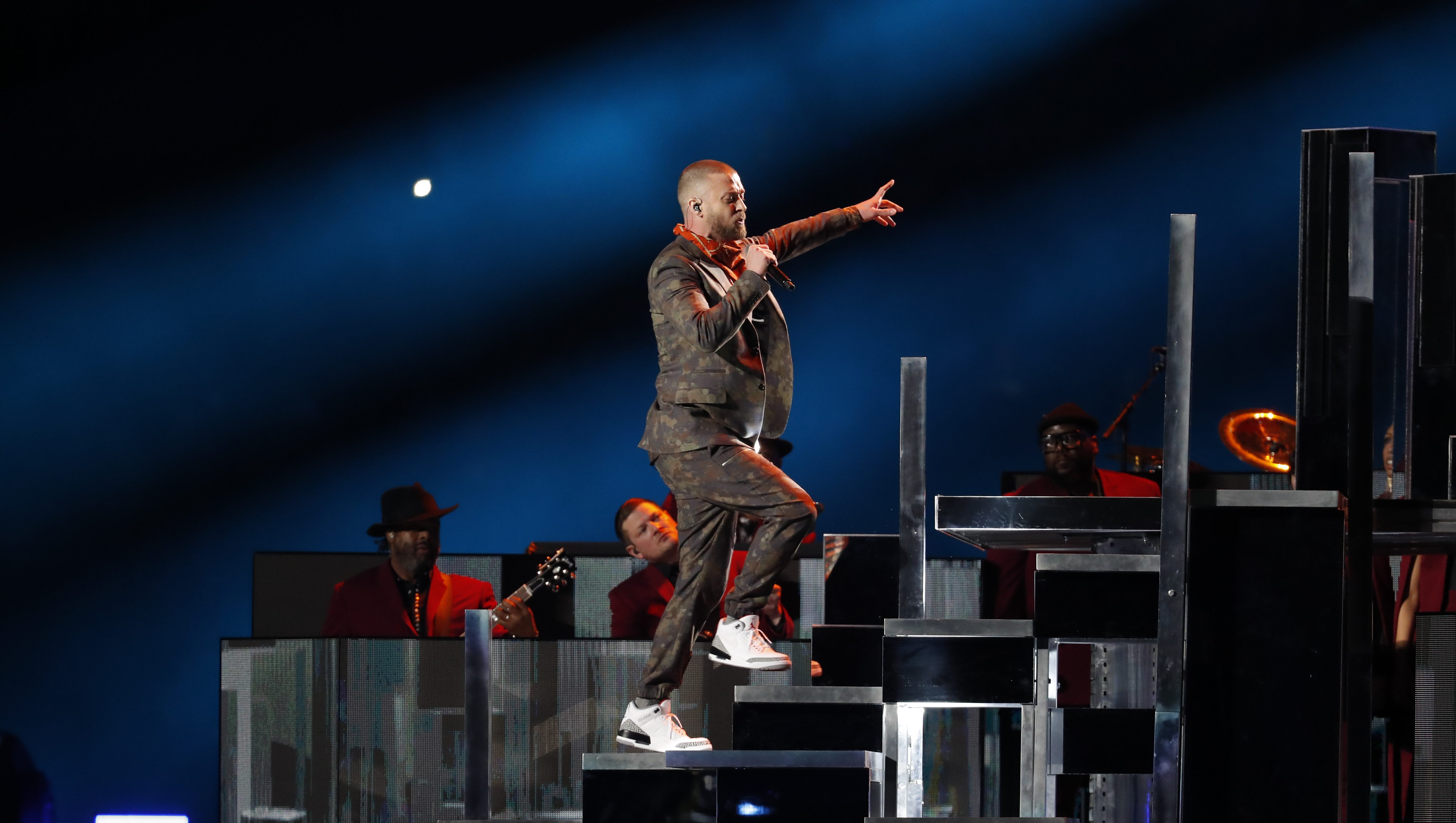 4a77004edf41 Super Bowl 2018  Justin Timberlake s halftime show scored a win for ...