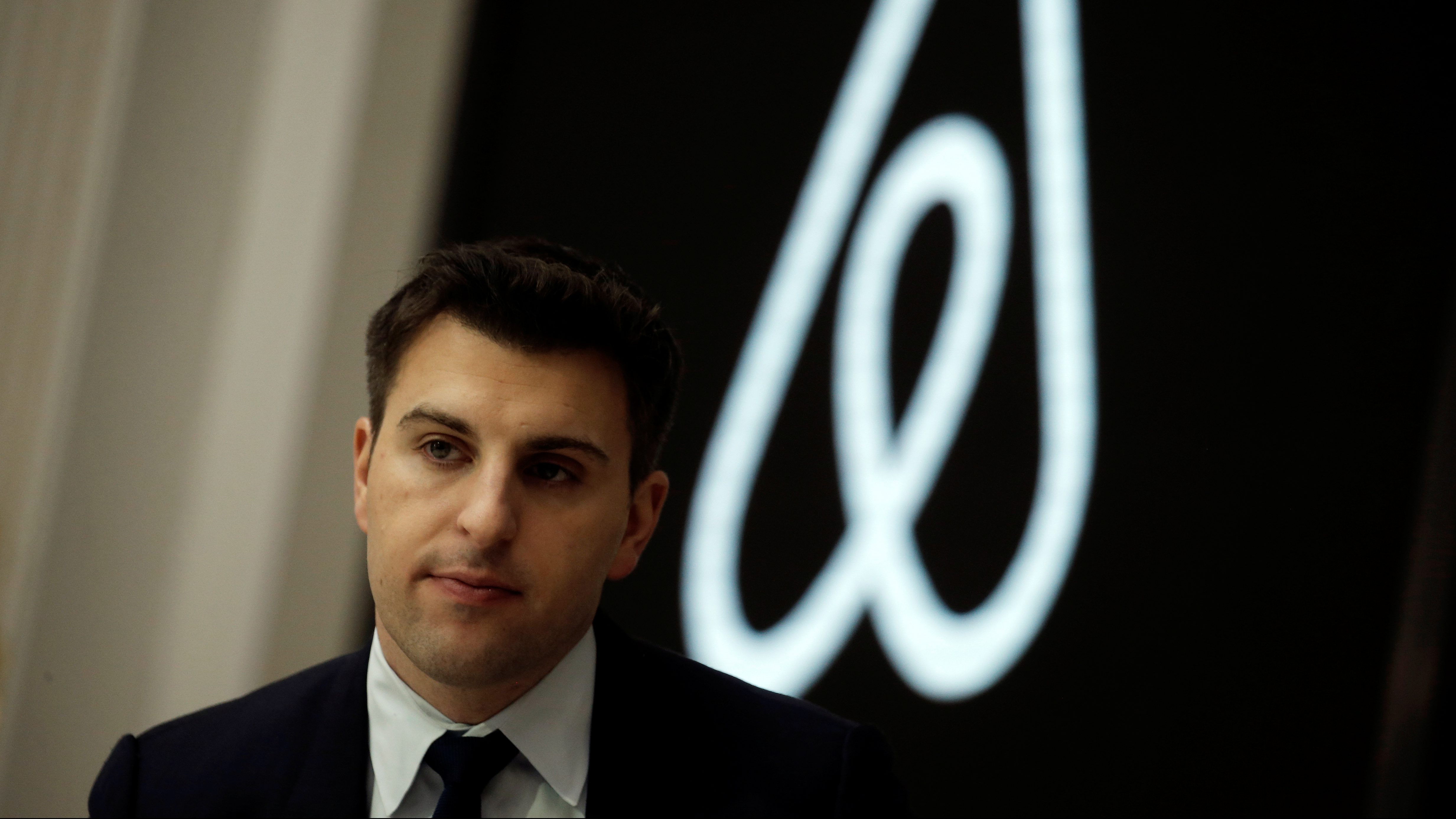 Brian Chesky, CEO and Co-founder of Airbnb, speaks to the Economic Club of New York at a luncheon at the New York Stock Exchange (NYSE) in New York, U.S. March 13, 2017. REUTERS/Mike Segar - RC1B840C5ED0