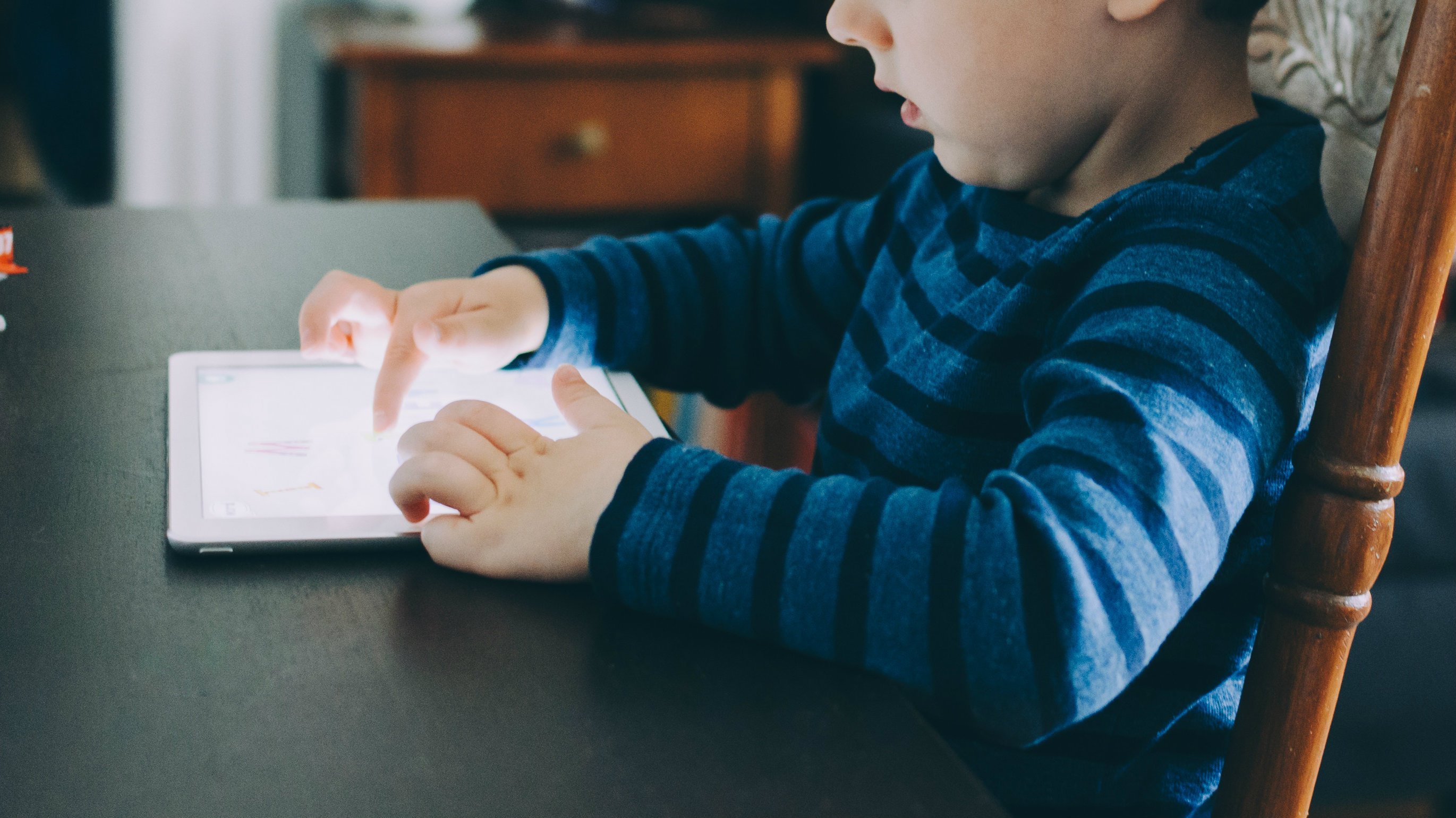 Are kids actually addicted to technology? — Quartz