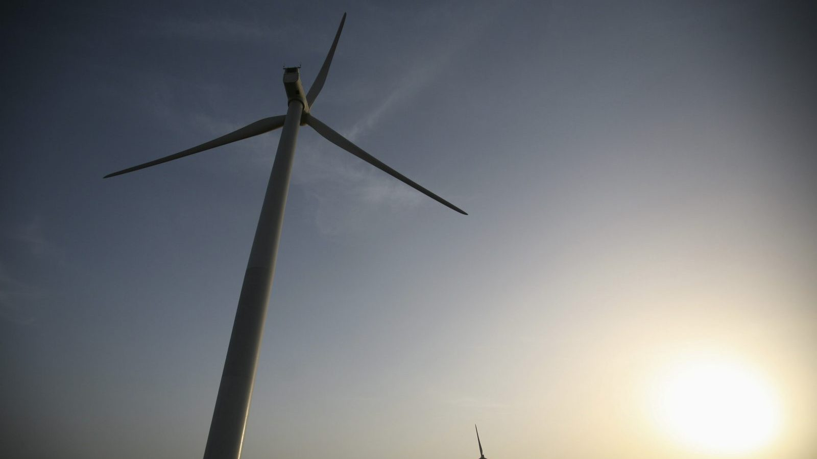 Power generating windmill turbines are pictured during the inauguration ceremony of the new 25 MW ReNew Power wind farm at Kalasar village in the western Indian state of Gujarat May 6, 2012. REUTERS/Amit Dave (INDIA - Tags: ENERGY BUSINESS) - GM1E85700TW02