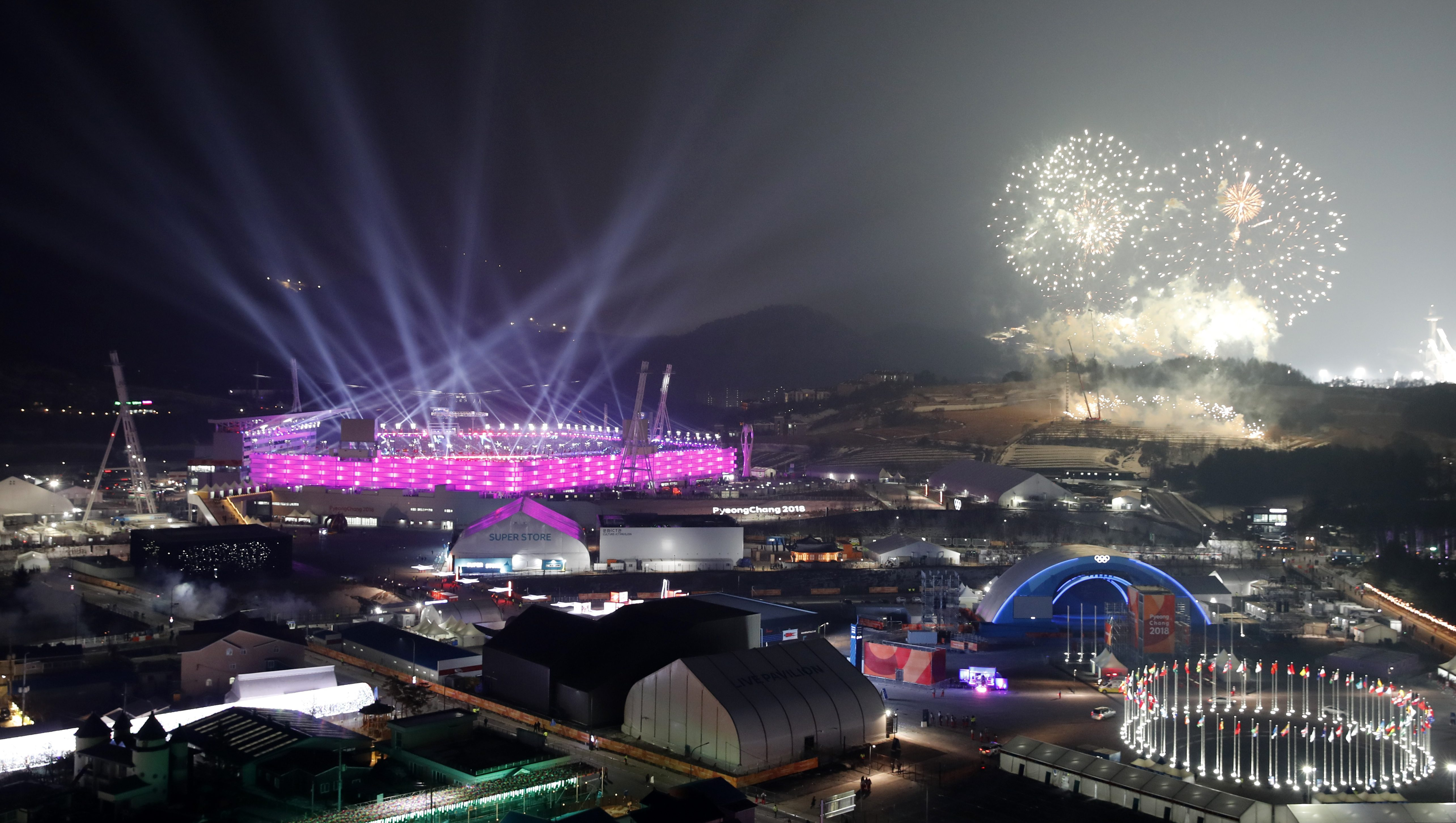 Pyeongchang 2018 Winter Olympics – Opening ceremony – Pyeongchang Olympic Stadium - Pyeongchang, South Korea – February 9, 2018 - A general view shows fireworks during the opening ceremony.  - DEVEE290YITCW