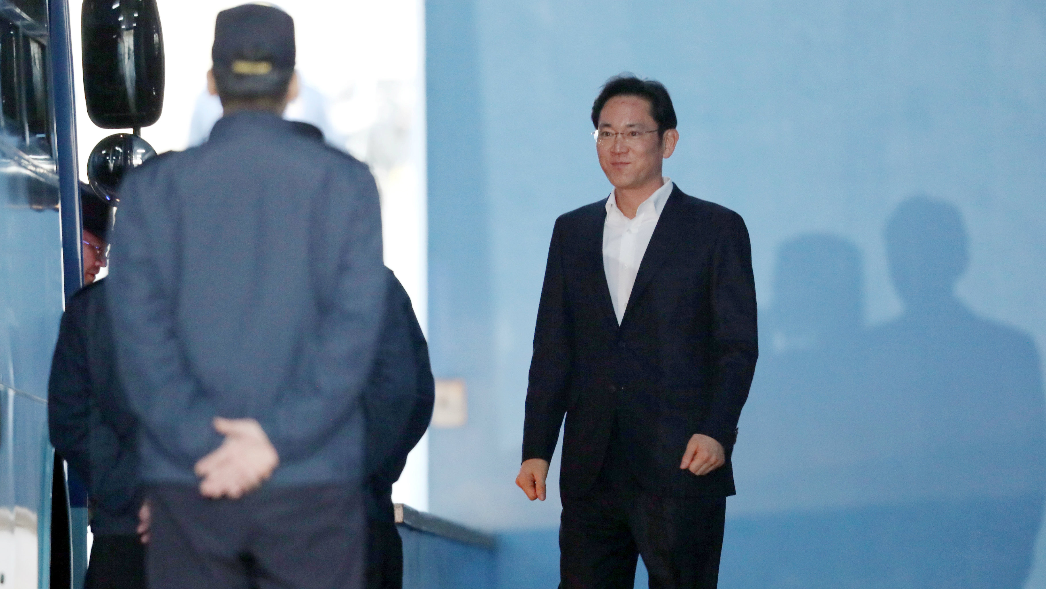 Samsung Electronics Vice Chairman, Jay Y. Lee leaves a court in Seoul, South Korea