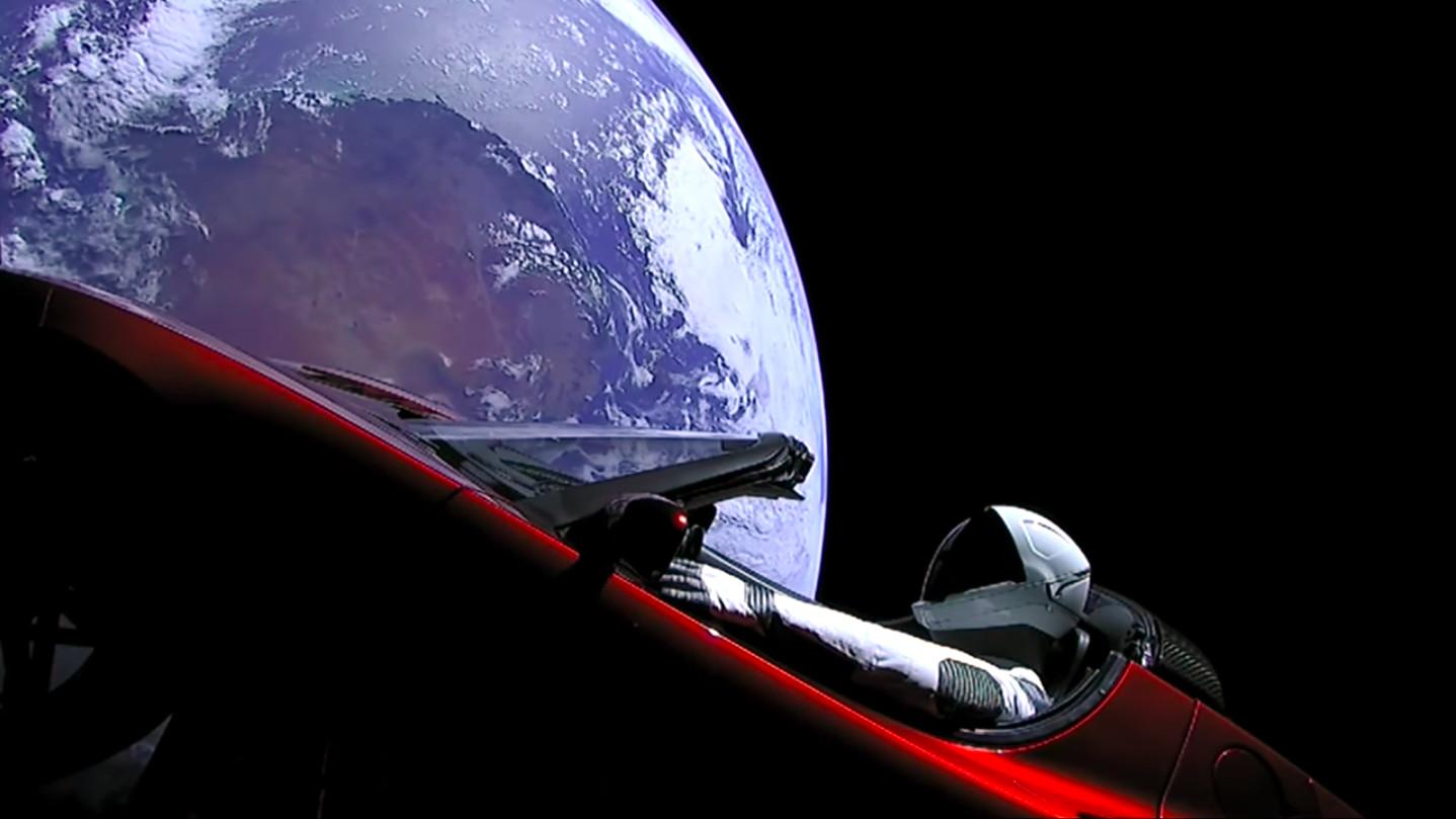 Spacex tesla roadster