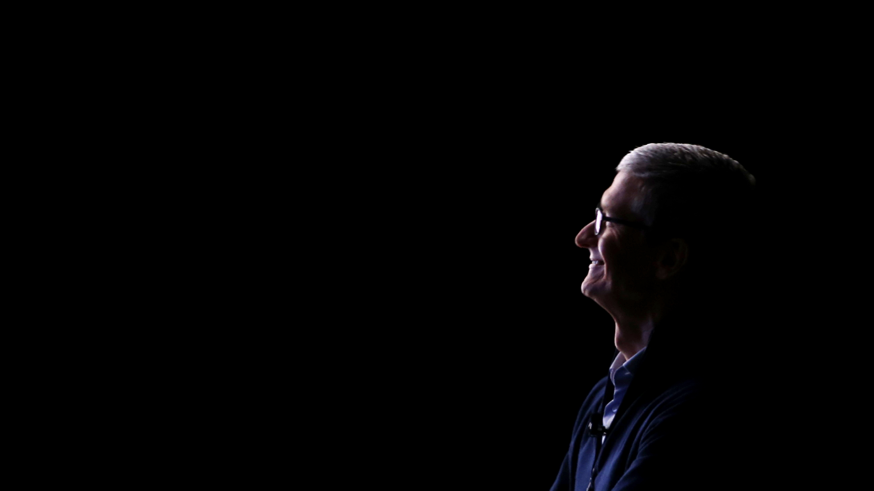 Apple CEO Tim Cook looks on during a product launch event in Cupertino, California, U.S. September 12, 2017. REUTERS/Stephen Lam - HP1ED9C1JZBE4