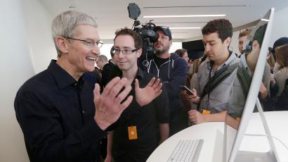 Tim Cook happy laugh
