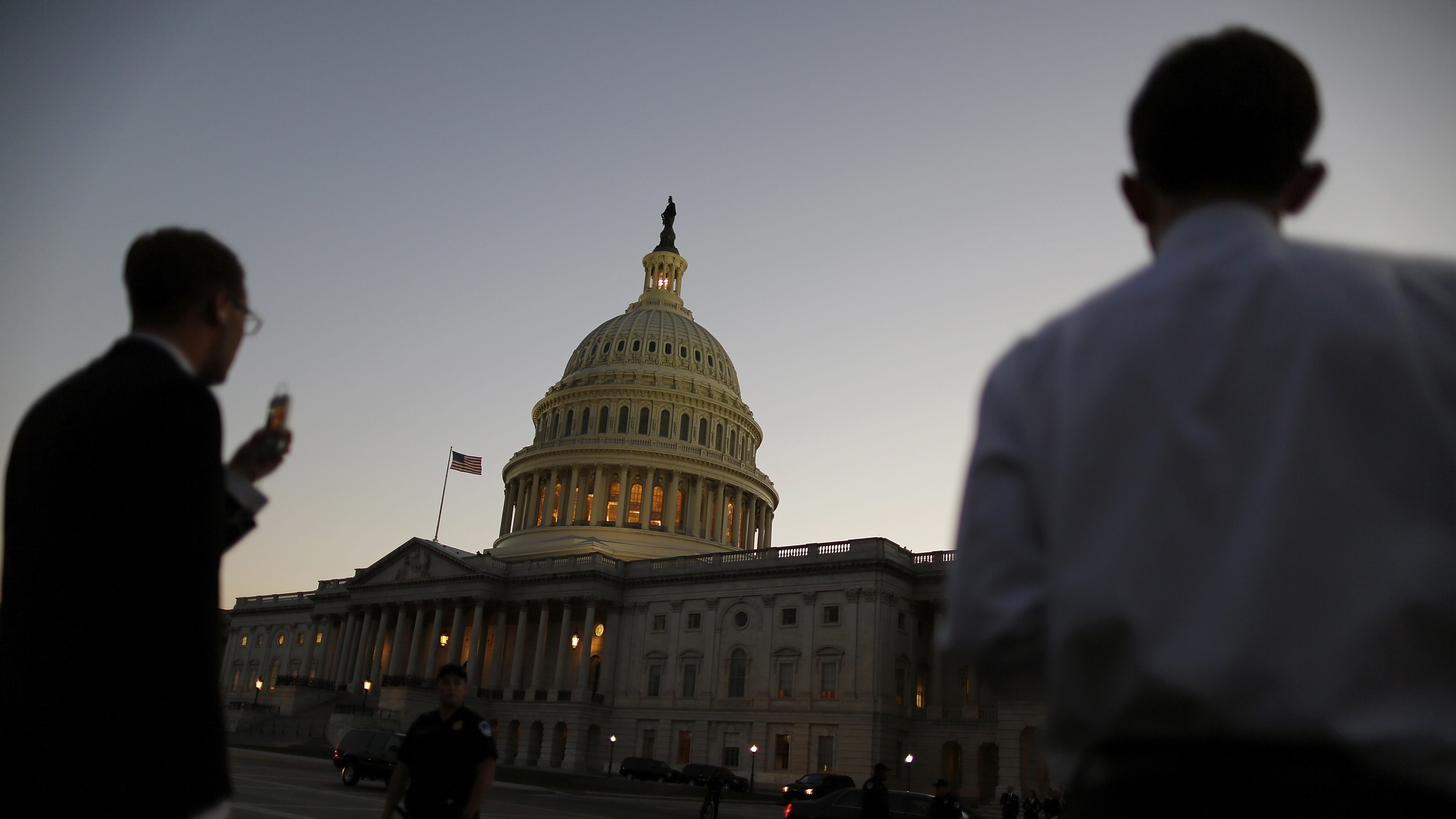 Night falls over the U.S. Capitol Dome, as members of the Republican-controlled U.S. House of Representatives deal with a budget showdown with the Democratic-controlled U.S. Senate, and a possible government shutdown in Washington, September 30, 2013. Senate Democrats killed a proposal by the Republican-led House of Representatives to delay Obamacare for a year in return for temporary funding of the federal government. The bill now goes back to the House, where its fate is unknown.