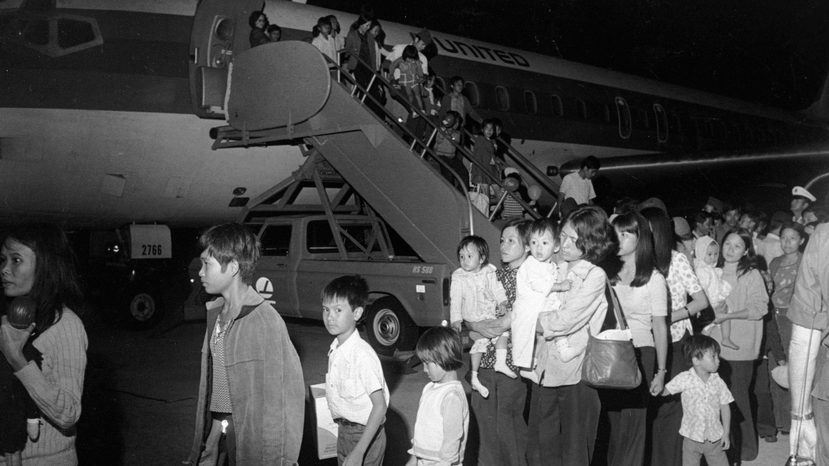 south vietnamese refugees arriving to the US
