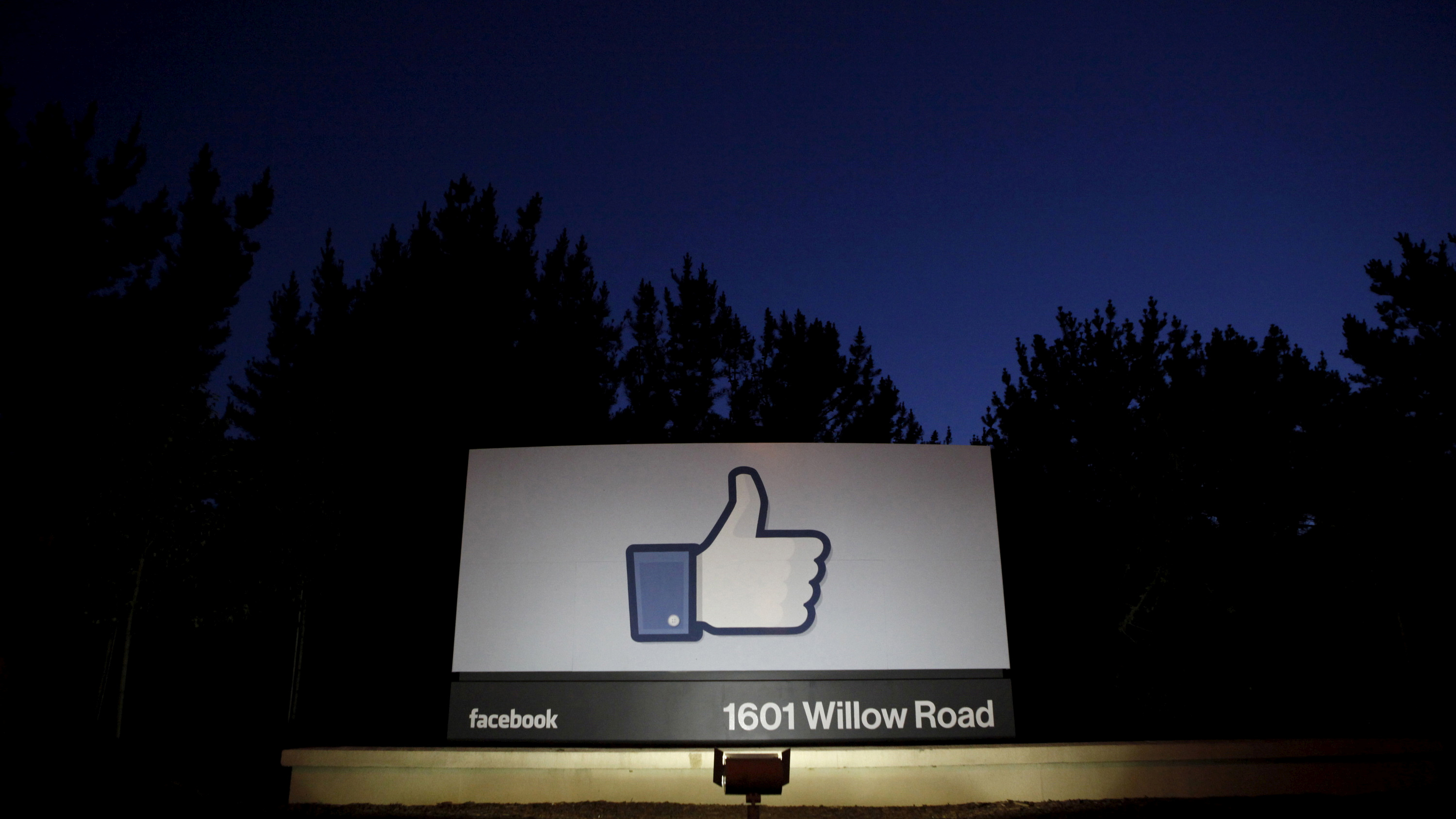 Is deletefacebook and cambridge analytica the end of facebook is file photo the sun rises behind the entrance sign to facebook headquarters in menlo park ccuart Choice Image
