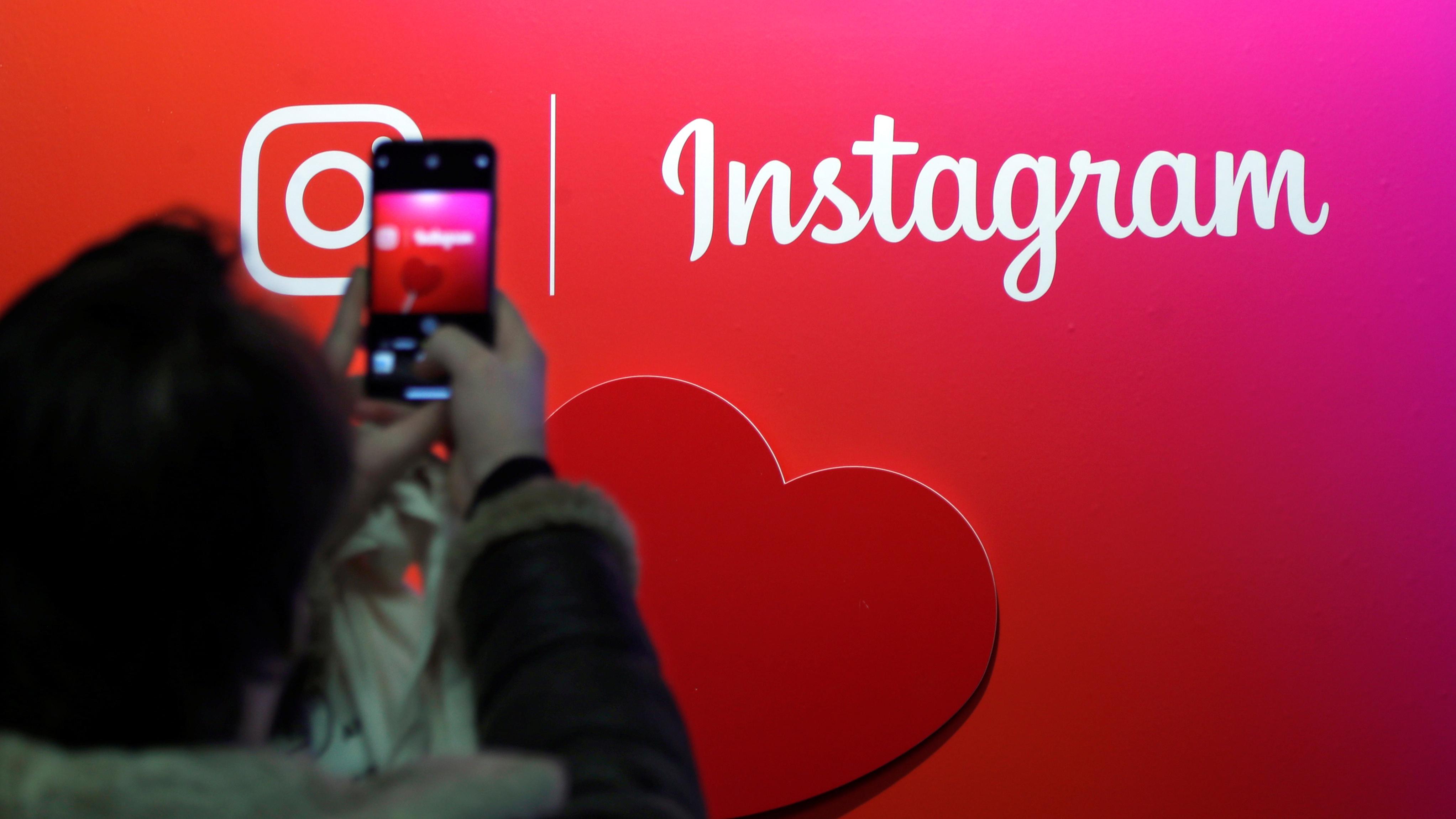 Instagram is going back to chronological order—sort of (FB