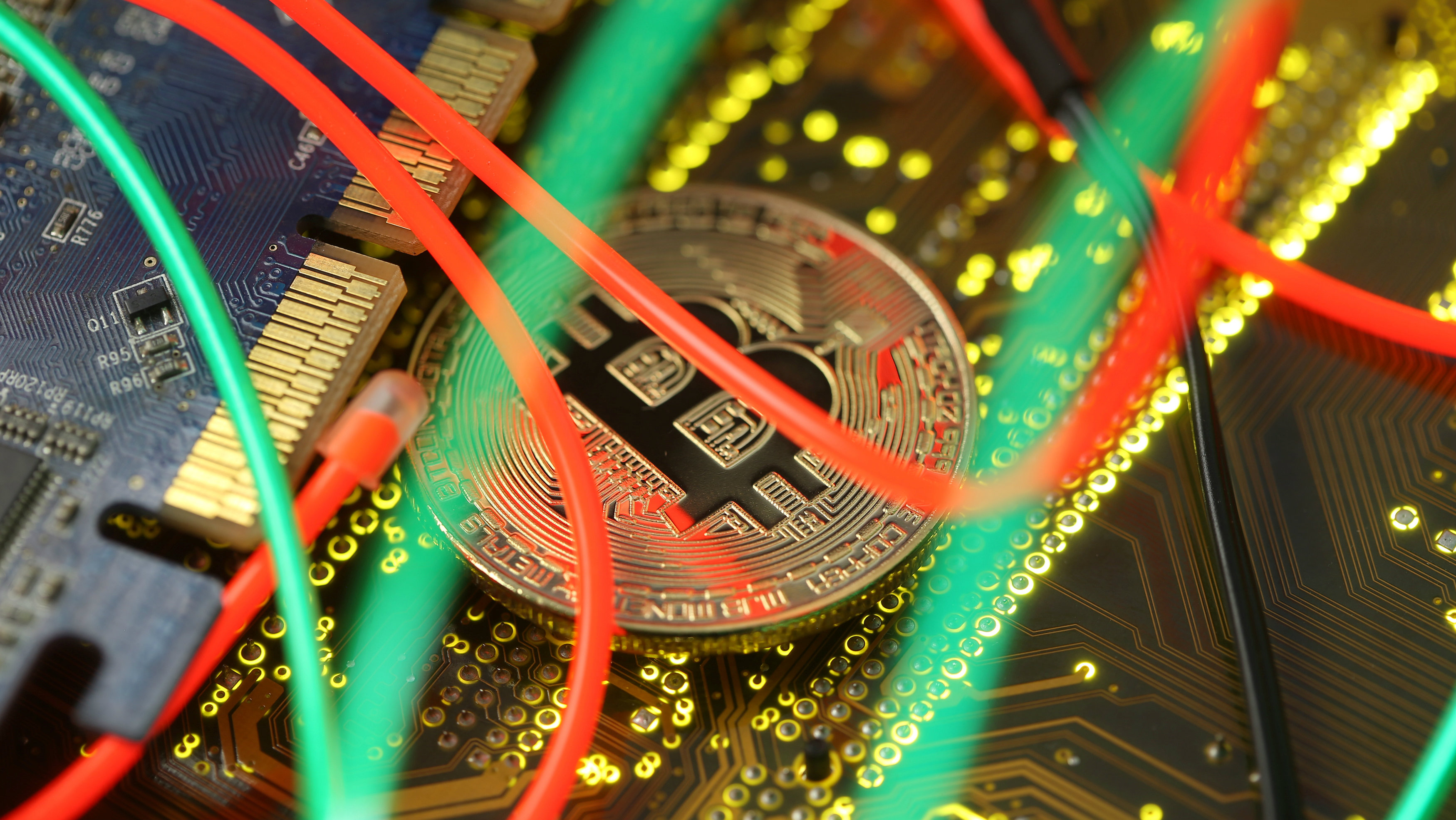 Bitcoin sentiment data added to Thomson Reuters terminals
