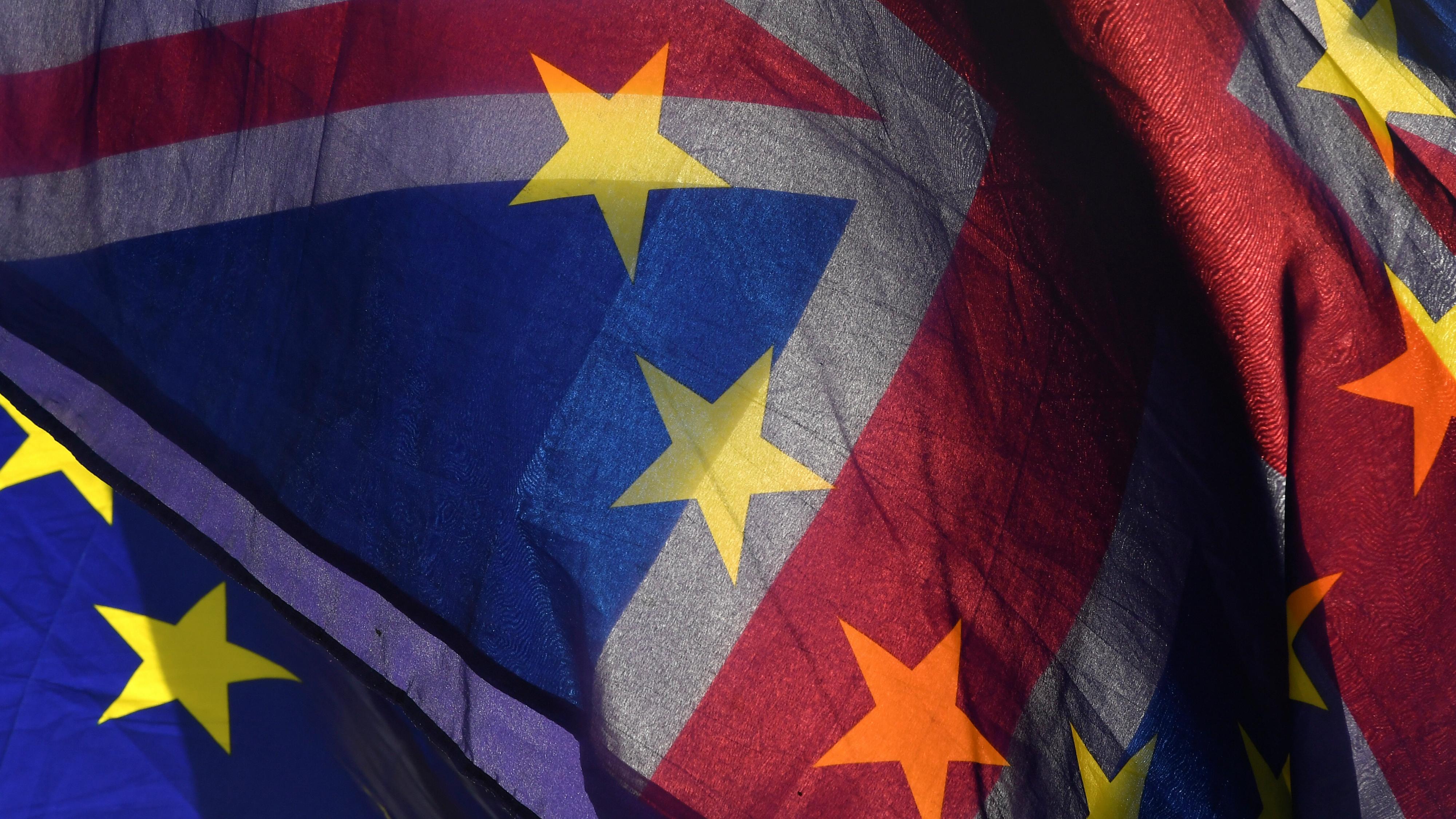 RTS1LR73 - Toby Melville - uk eu brexit