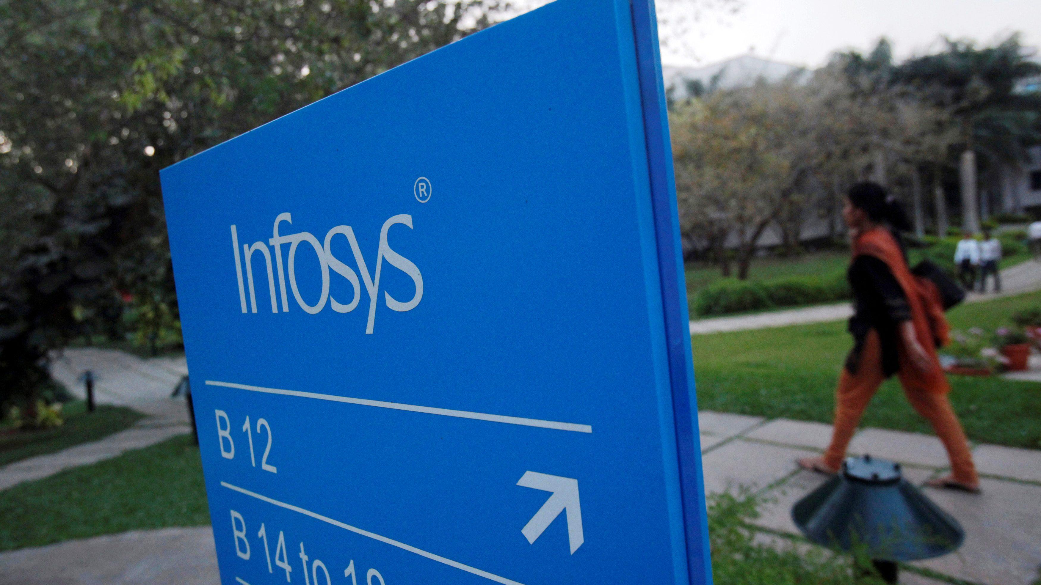 india-infosys-hiring-US