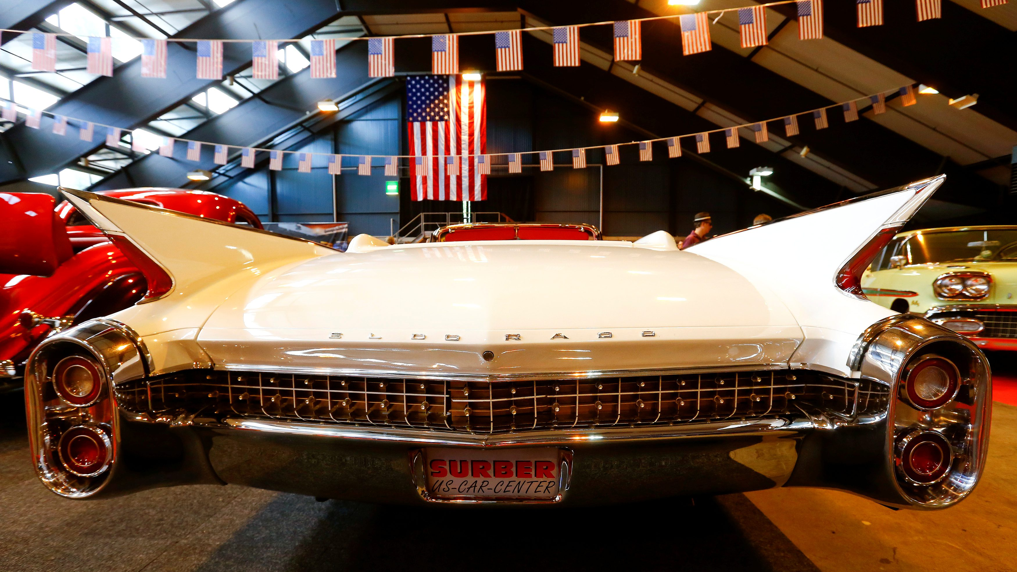 A 1960 Cadillac Eldorado Biarritz Cabriolet is offered for 185,000 Swiss Francs (189.902 dollars) at the Swiss Classic Car vintage automobile fair in Luzern, Switzerland May 28, 2017. Picture taken on May 28, 2017.  - RC1C86811CC0