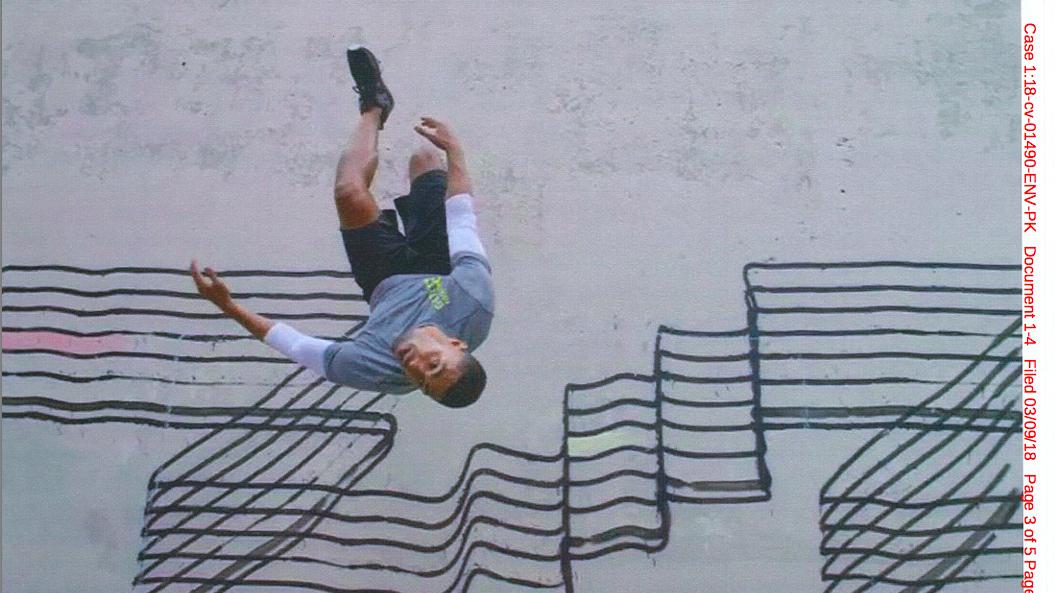 H&M graffiti ad