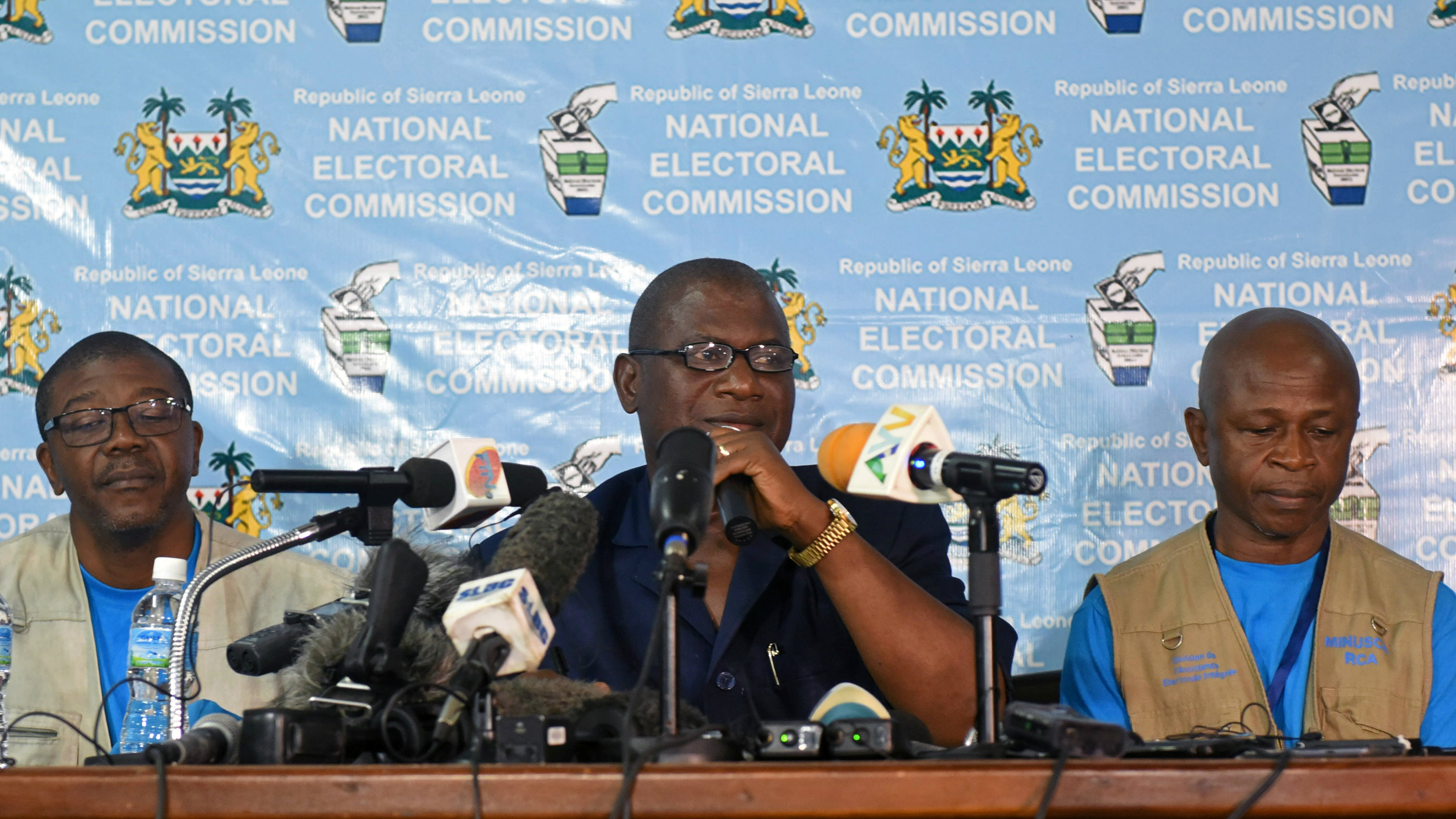 Chairman of Sierra Leone's National Electoral Commission, Mohamed Nfa Ali Conteh, announces the results of the first round of Sierra Leone presidential election in Freetown, Sierra Leone March 13, 2018.