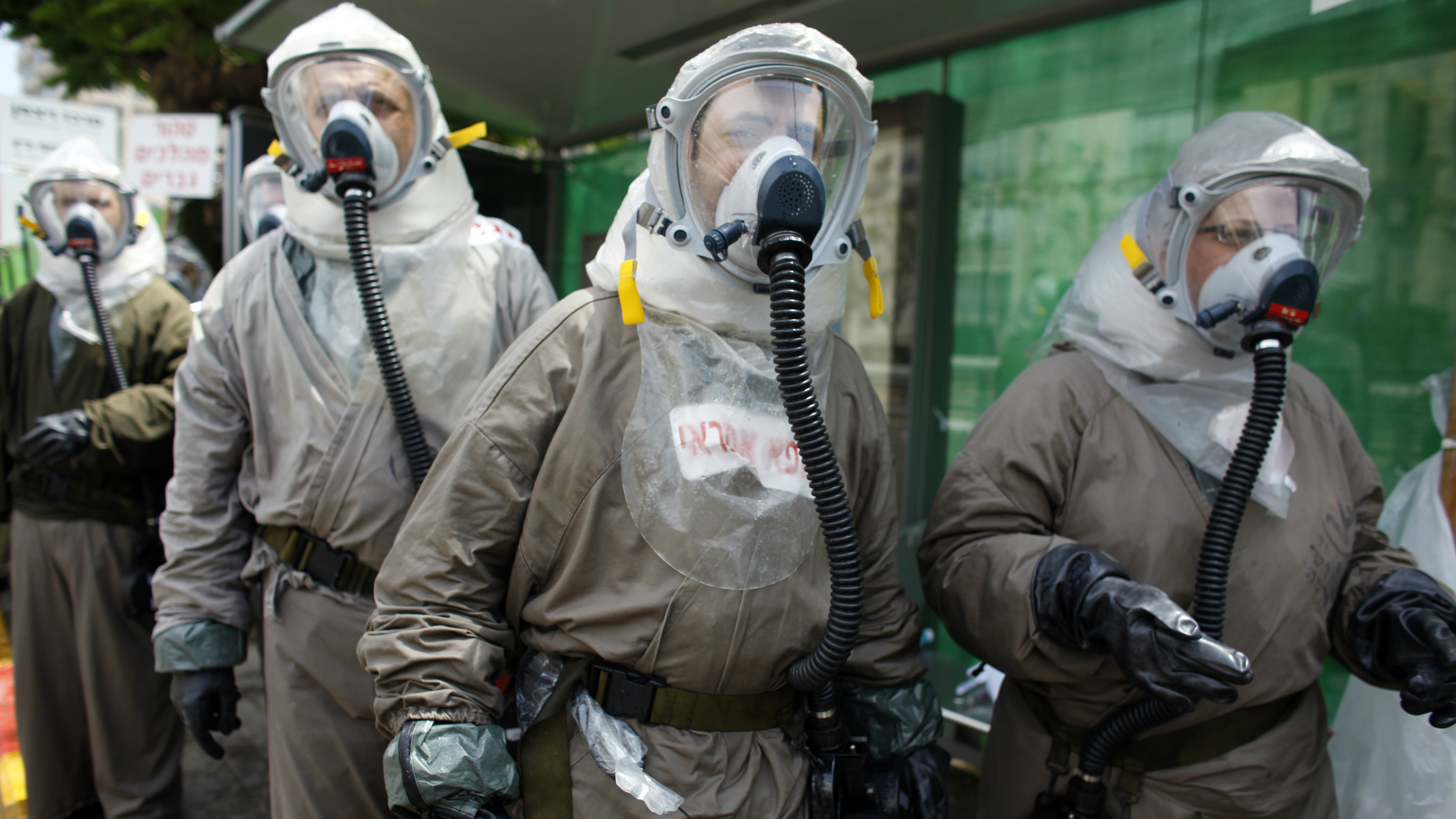 Hospital staff take part in a drill simulating a chemical warfare incident in Tel Aviv May 25, 2011.