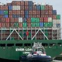 A cargo ship full of shipping containers.