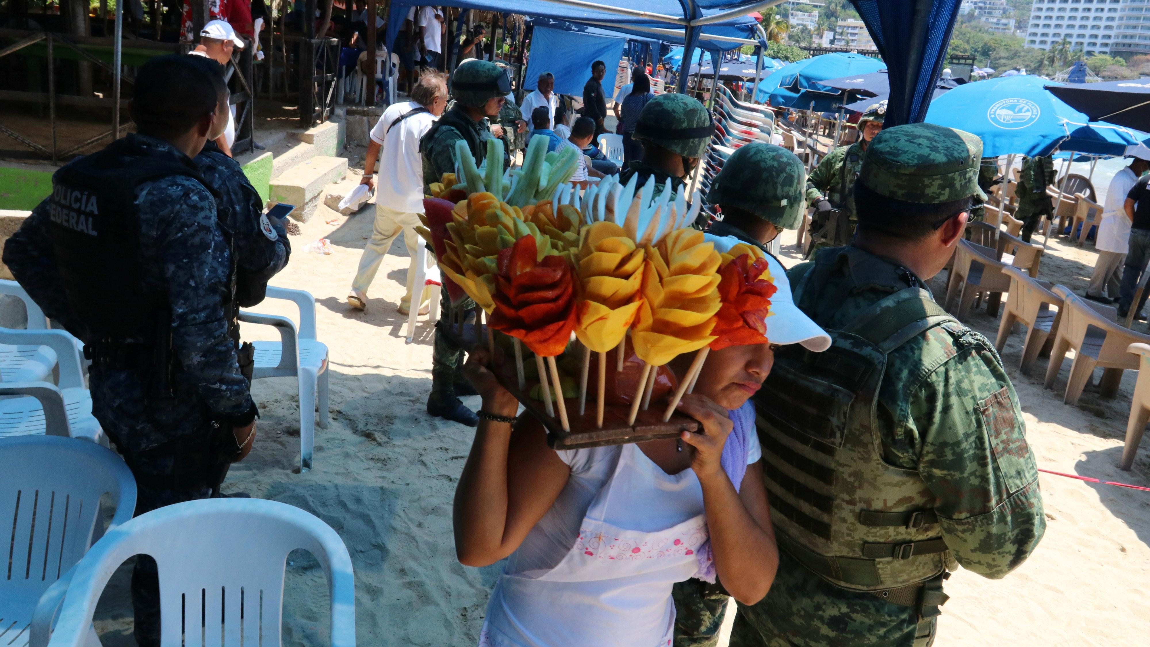 Cancun_fruit vendor_crime scene