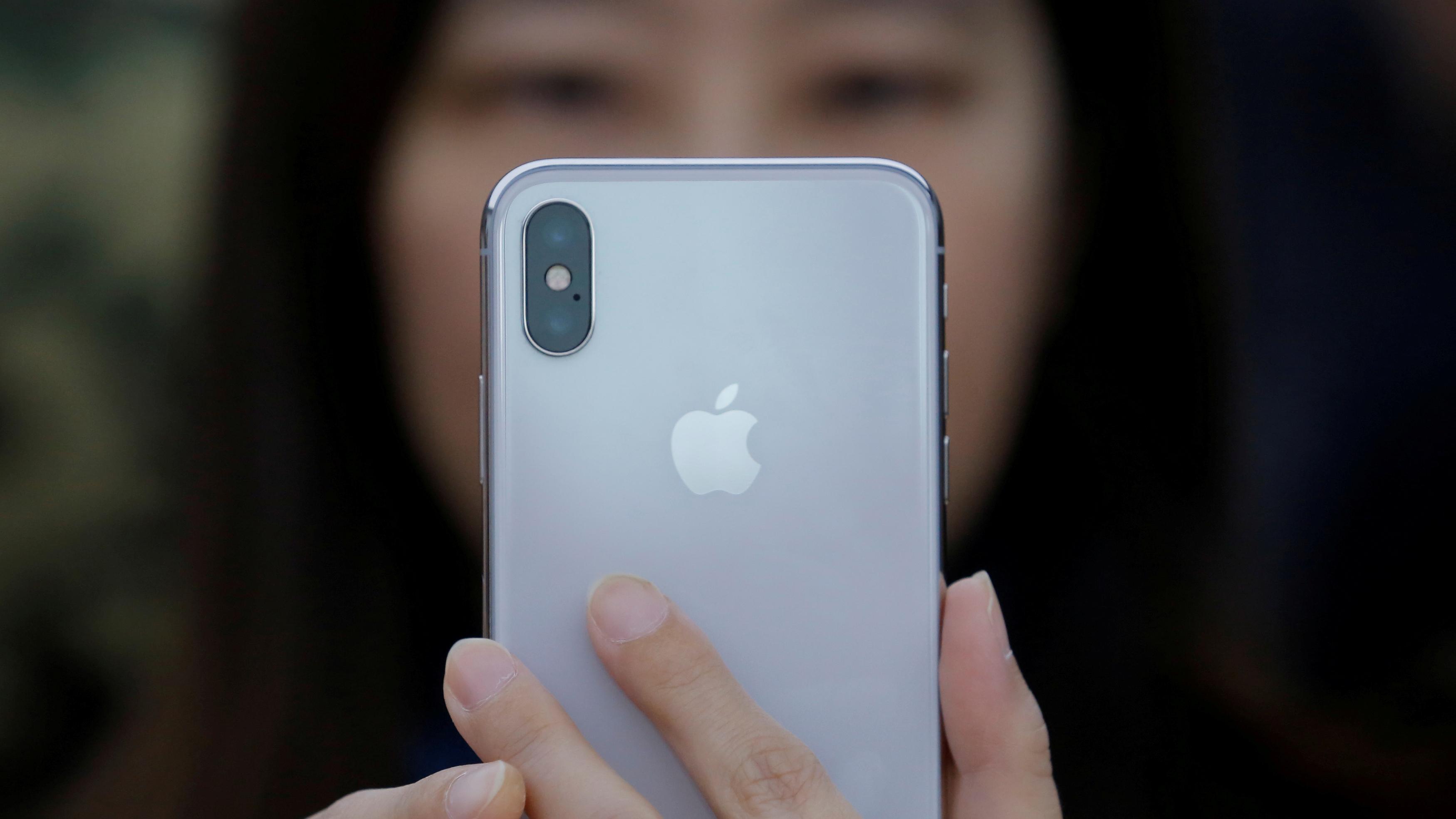 super popular ce9de b829d Want a battery case for your iPhone X? Good luck finding one. — Quartz