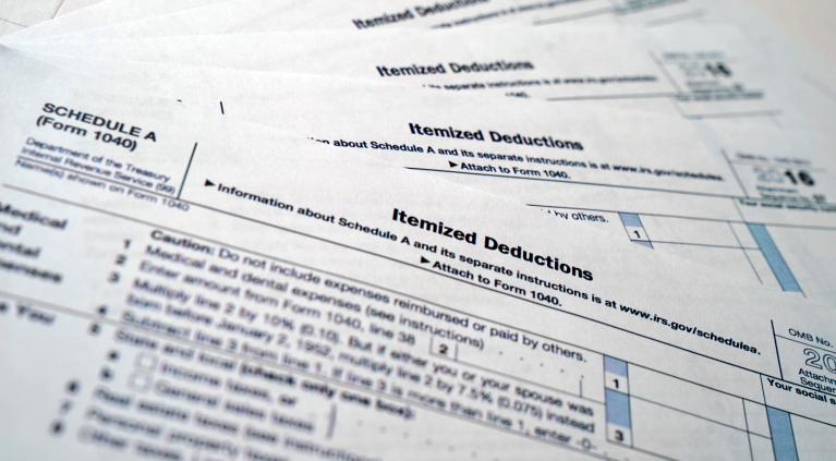 Tax Day 2018 Irs Extends Deadline To File Tax Returns By A Day To