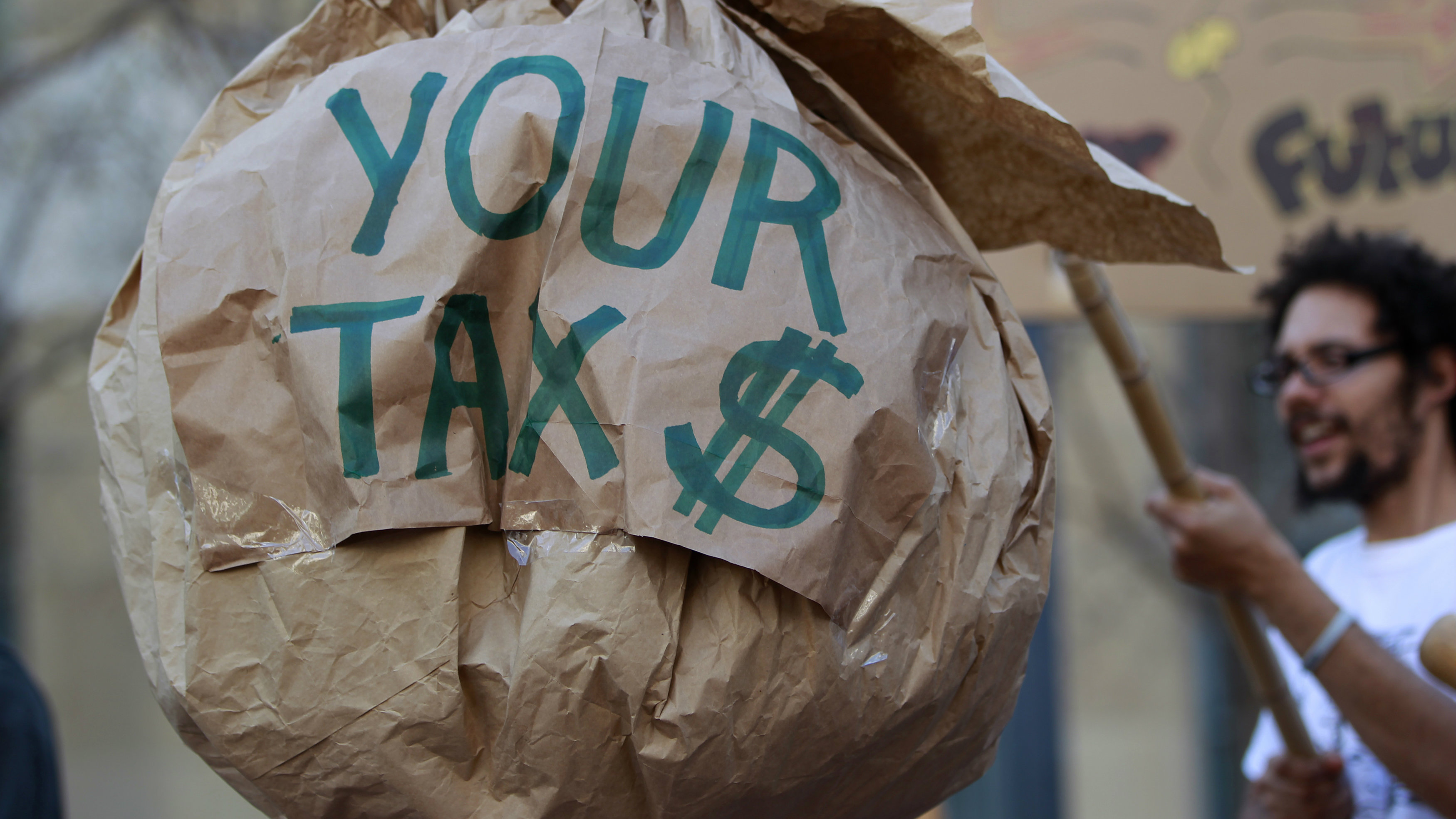 Tax season wraps up, IRS scams increase