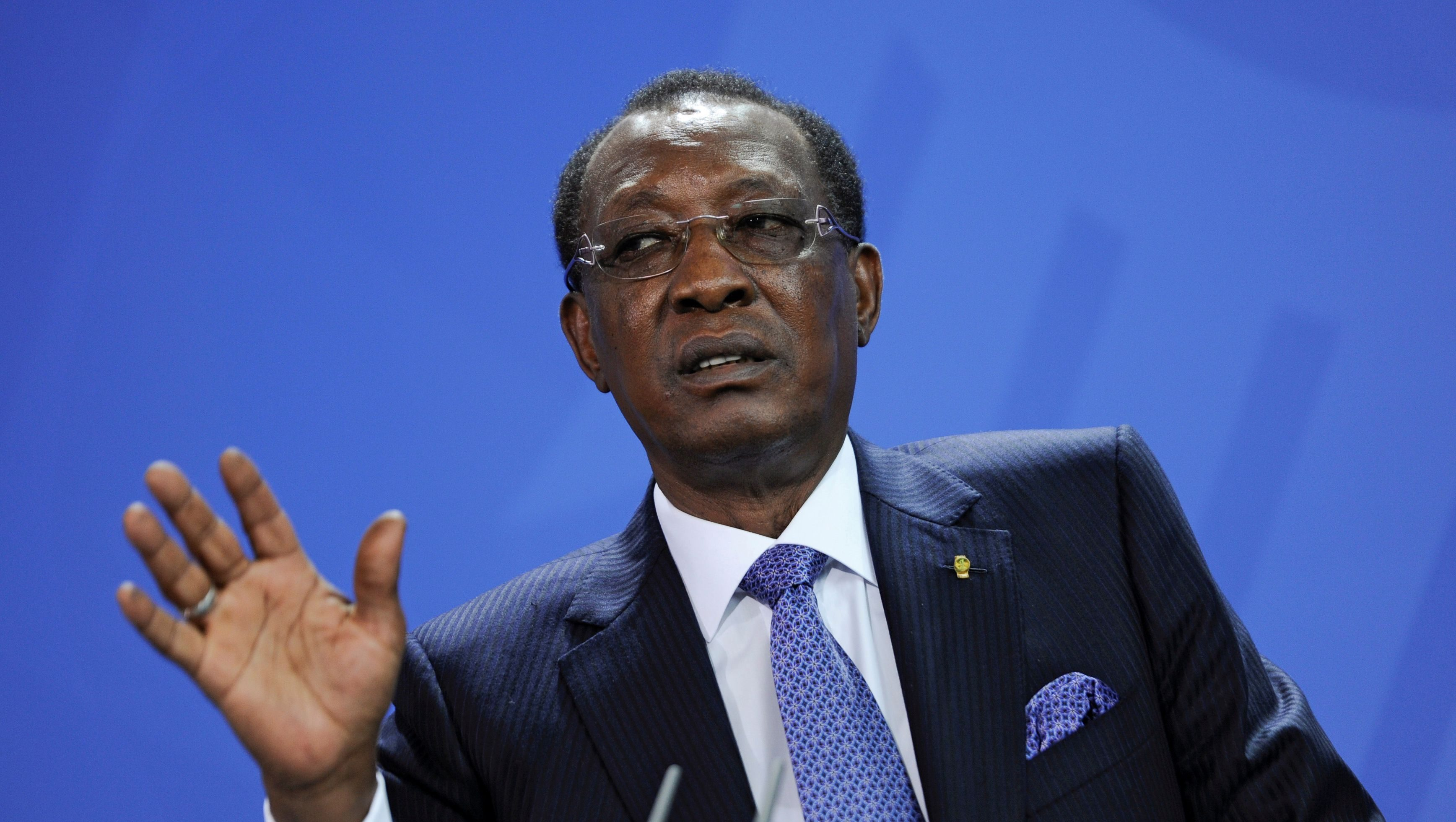 Chad President Idriss Deby addresses the media after a meeting with German Chancellor Angela Merkel at the Chancellery in Berlin, Germany October 12, 2016.