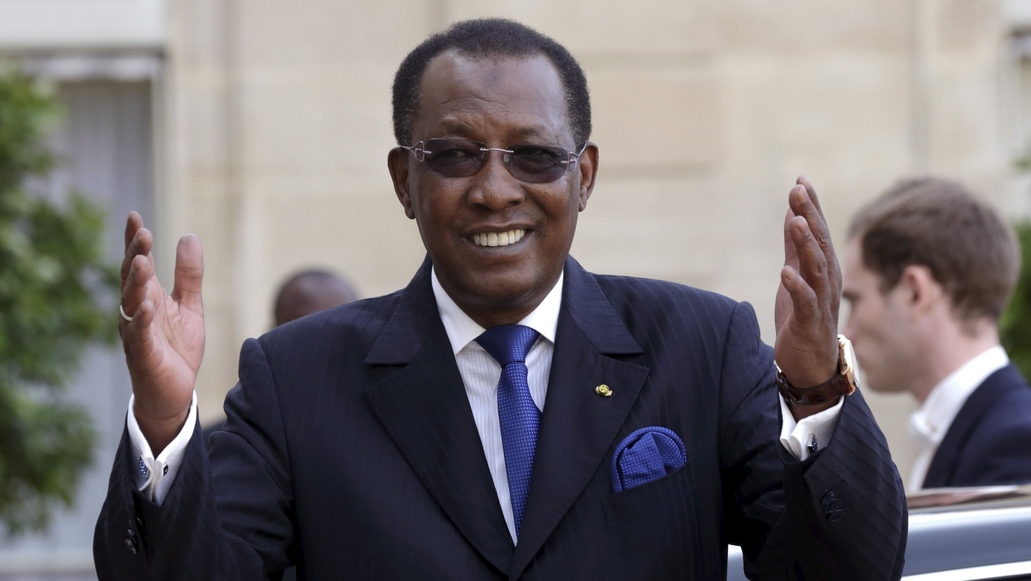 Chad's President Idriss Deby leaves the Elysee Palace in Paris, France, following a meeting with French President Francois Hollande, May 14, 2015.