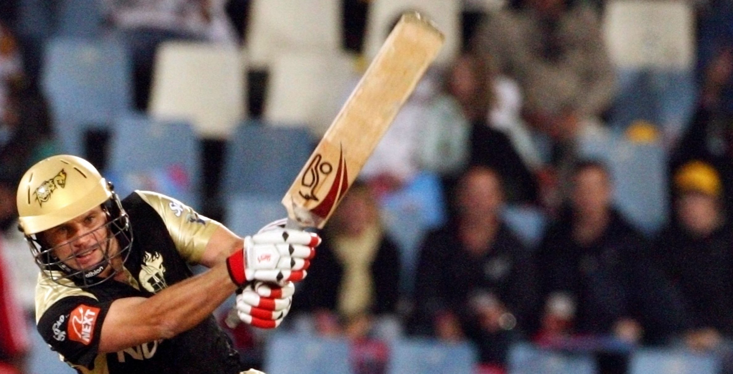 Brad Hodge of the Kolkata Knight Riders plays a shot during the 2009 Indian Premier League (IPL) T20 cricket match against the Chennai Super Kings in Centurion, May 18, 2009.