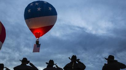 balloon with american flag