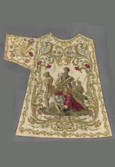 Dalmatic (front) of Pius IX (reigned 1846–78) Italian, 1845–61 Courtesy of the Collection of the Office of Liturgical Celebrations of the Supreme Pontiff, Papal Sacristy, Vatican City. Image courtesy of The Metropolitan Museum of Art, Digital Composite Scan by Katerina Jebb.