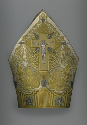 Mitre of Pius XI (reigned 1922–39) Italian, 1929 Courtesy of the Collection of the Office of Liturgical Celebrations of the Supreme Pontiff, Papal Sacristy, Vatican City. Image courtesy of The Metropolitan Museum of Art, Digital Composite Scan by Katerina Jebb.