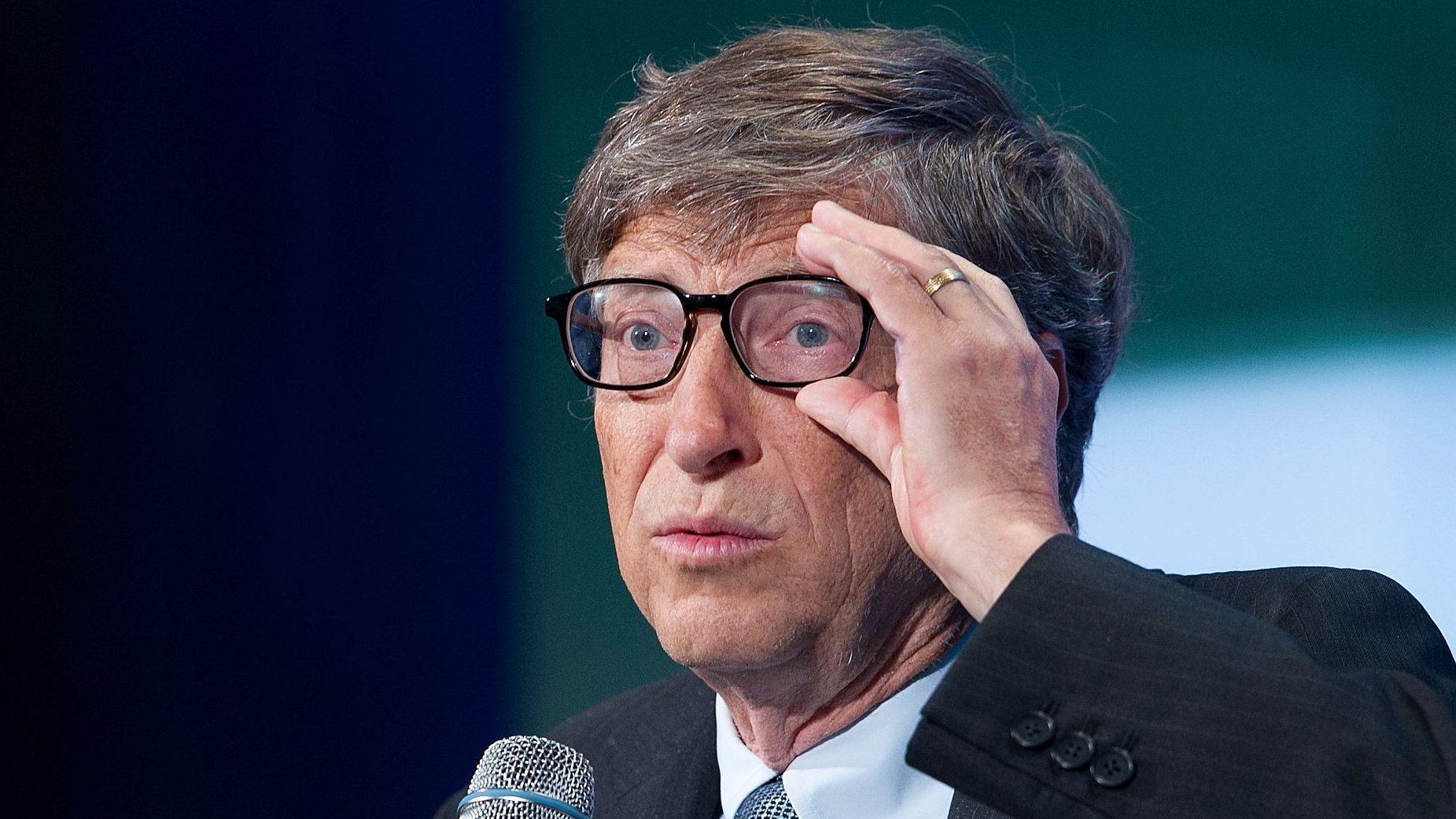 "Bill Gates, co-founder of Microsoft, talks at the Clinton Global Initiative, Tuesday, Sept. 24, 2013 in New York. Gates was participating in a panel discussion on, ""Big Bets"" Philanthropy: Partnership, Risk-Taking, and Innovation.""  (AP Photo/Mark Lennihan)"