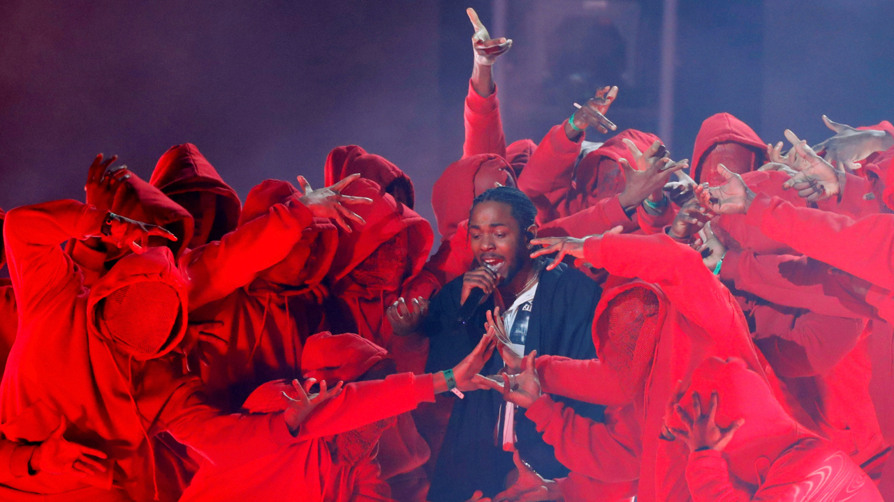60th Annual Grammy Awards ñ Show ñ New York, U.S., 28/01/2018 ñ Kendrick Lamar performs a medley. REUTERS/Lucas Jackson     TPX IMAGES OF THE DAY - RC19EC2ADE40